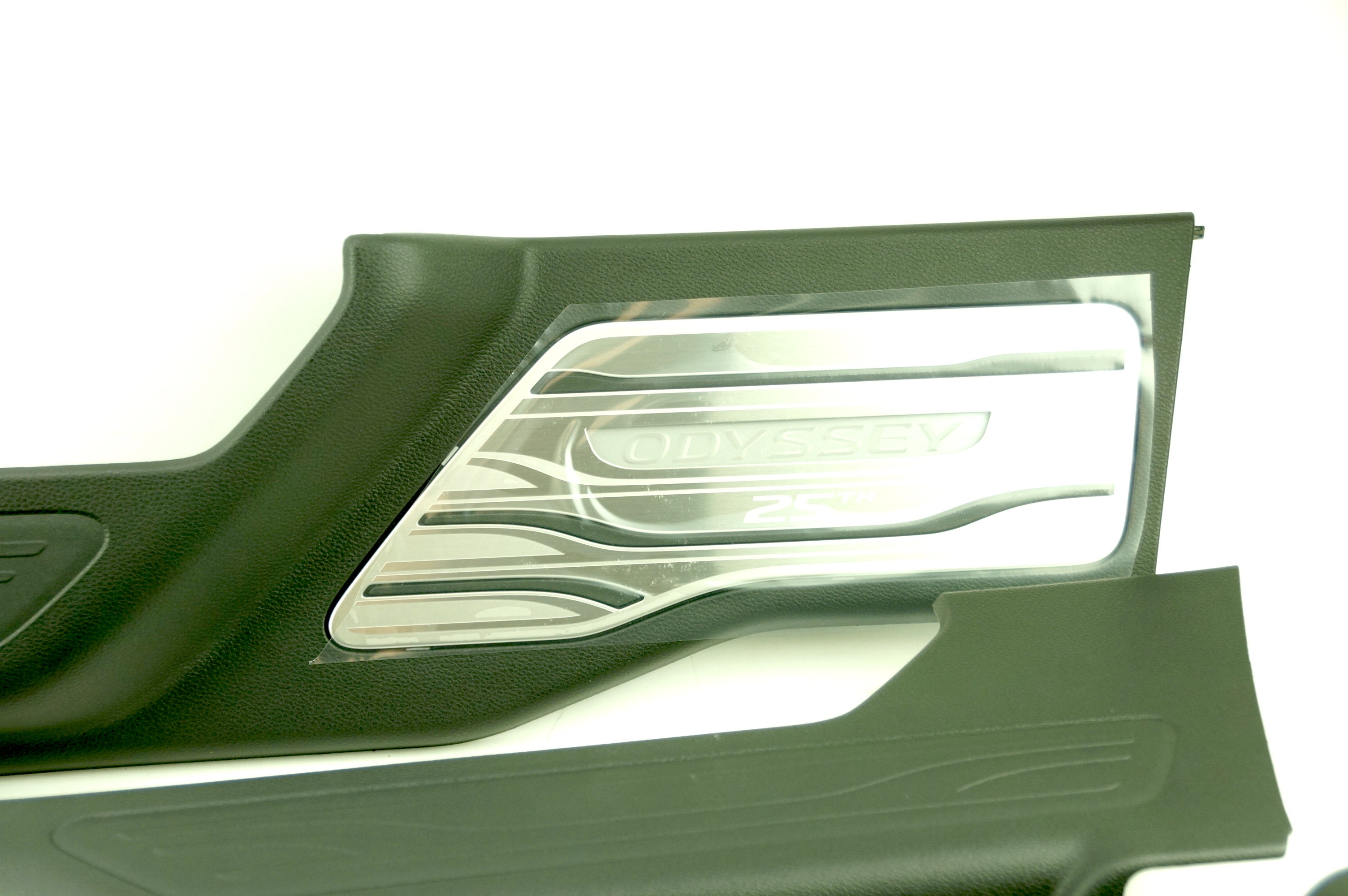 OEM 08E12THR100B Genuine Honda Odyssey 25th Anniversary Illuminated Door Sill - image 9