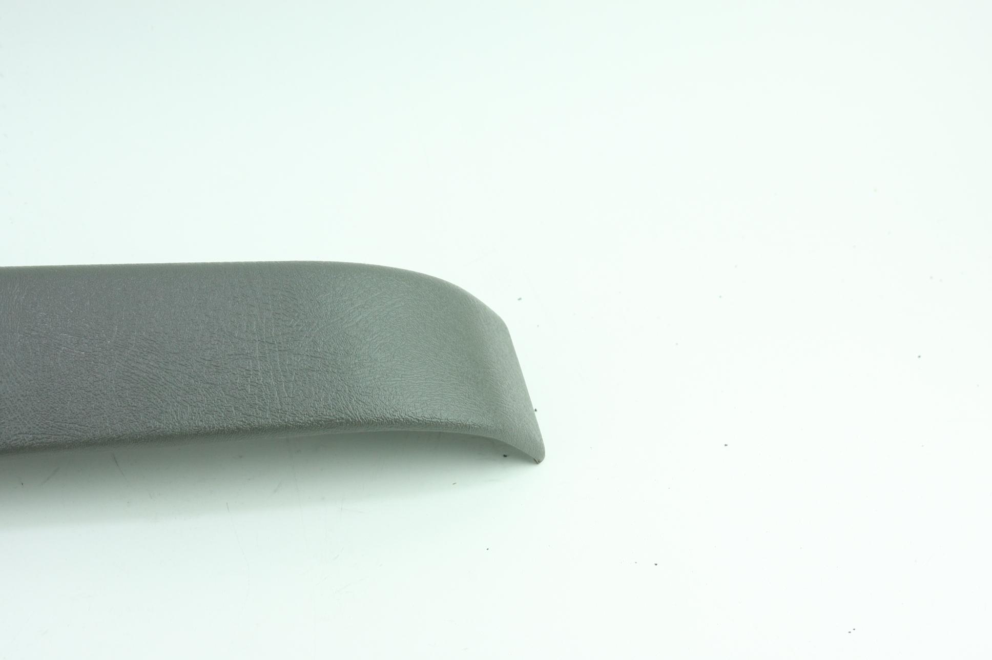 * New OEM 10388387 GM Express Savana Passenger Door Armrest Handle Pewter Gray - image 4