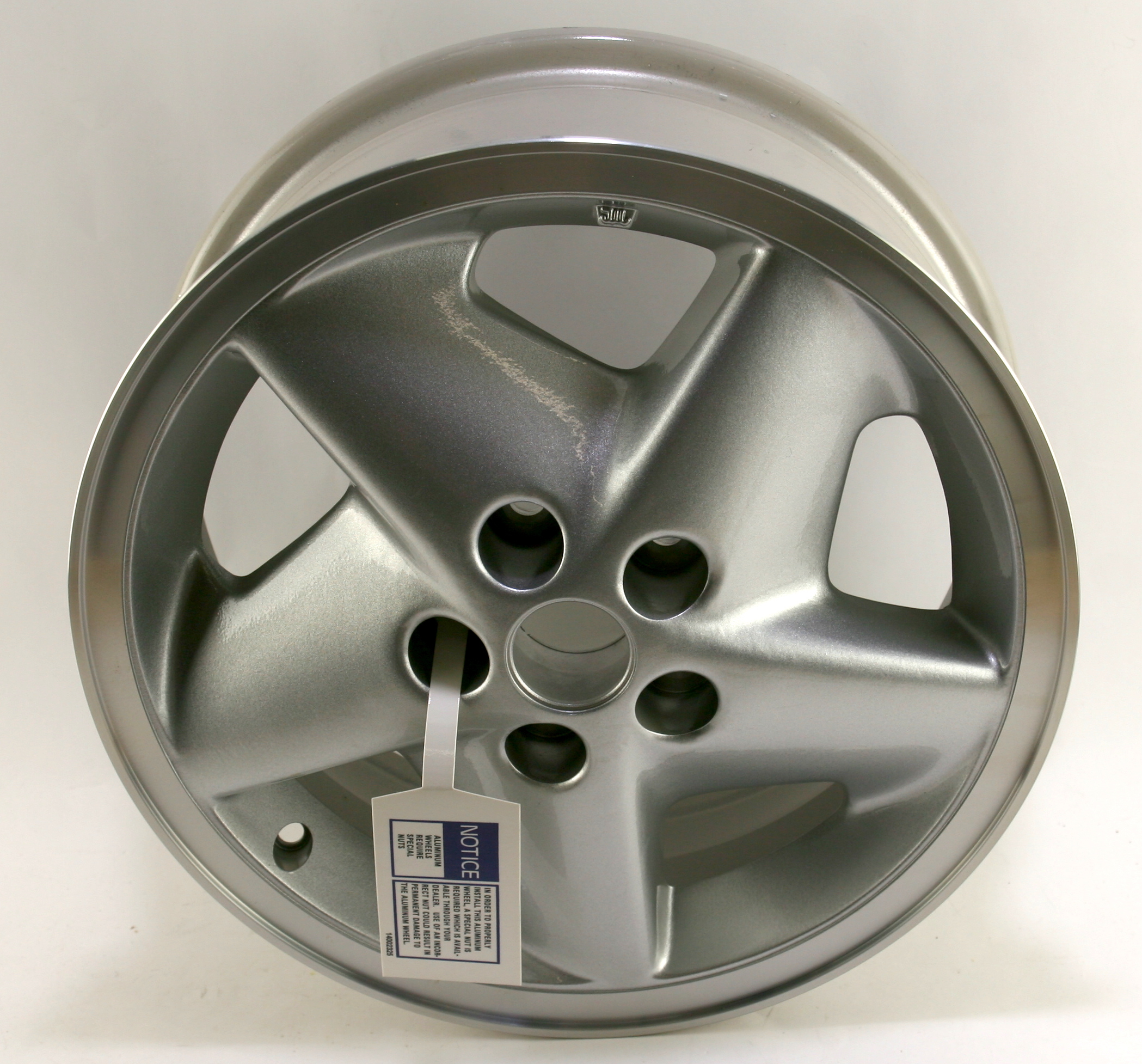 "~ New OEM 12360421 15"" Factory Wheel 95-99 Pontiac Sunfire Fast Free Shipping - image 1"