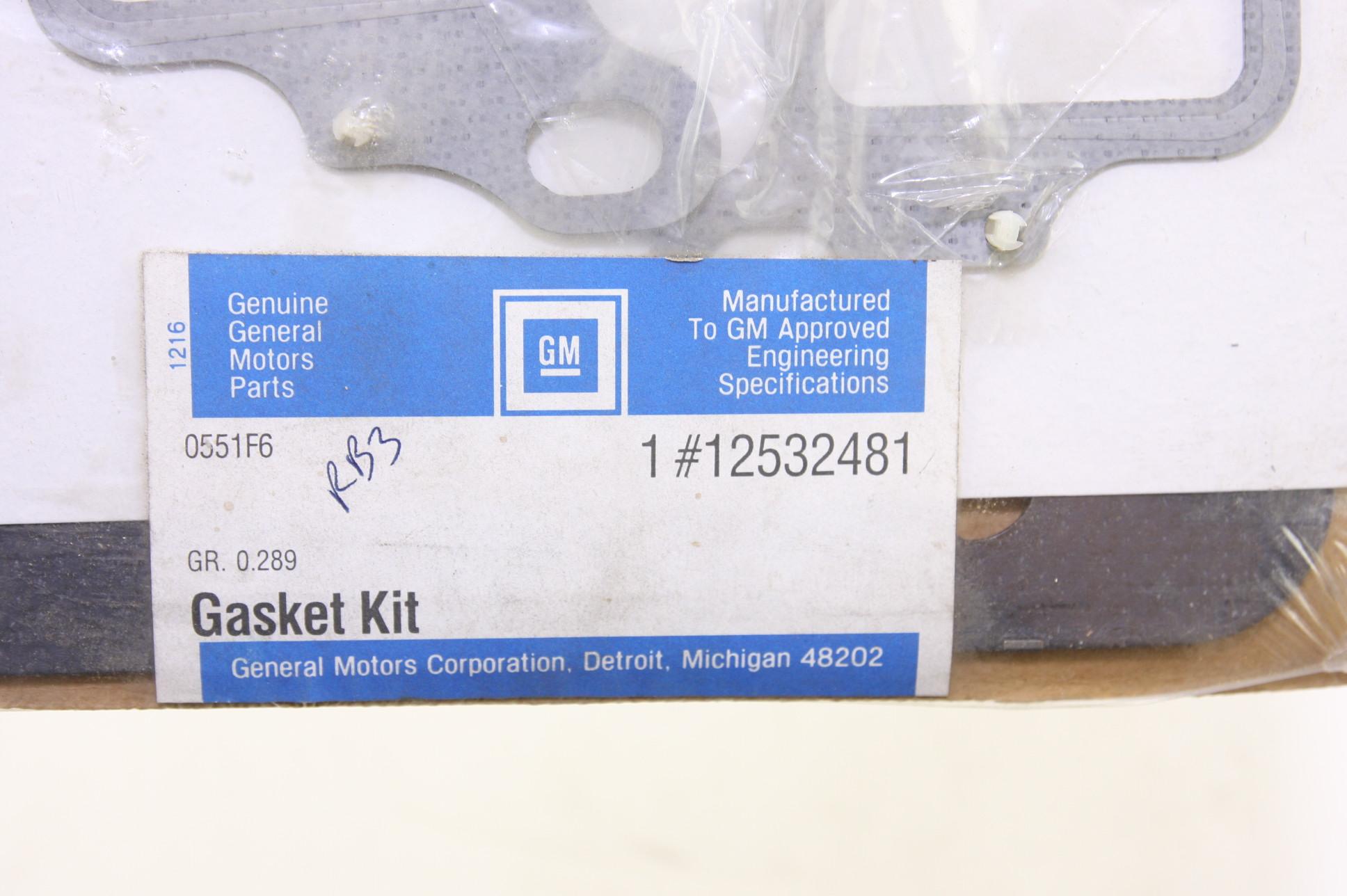 *** New OEM Genuine GM 12532481 Gasket Set Free Shipping NIP - image 2