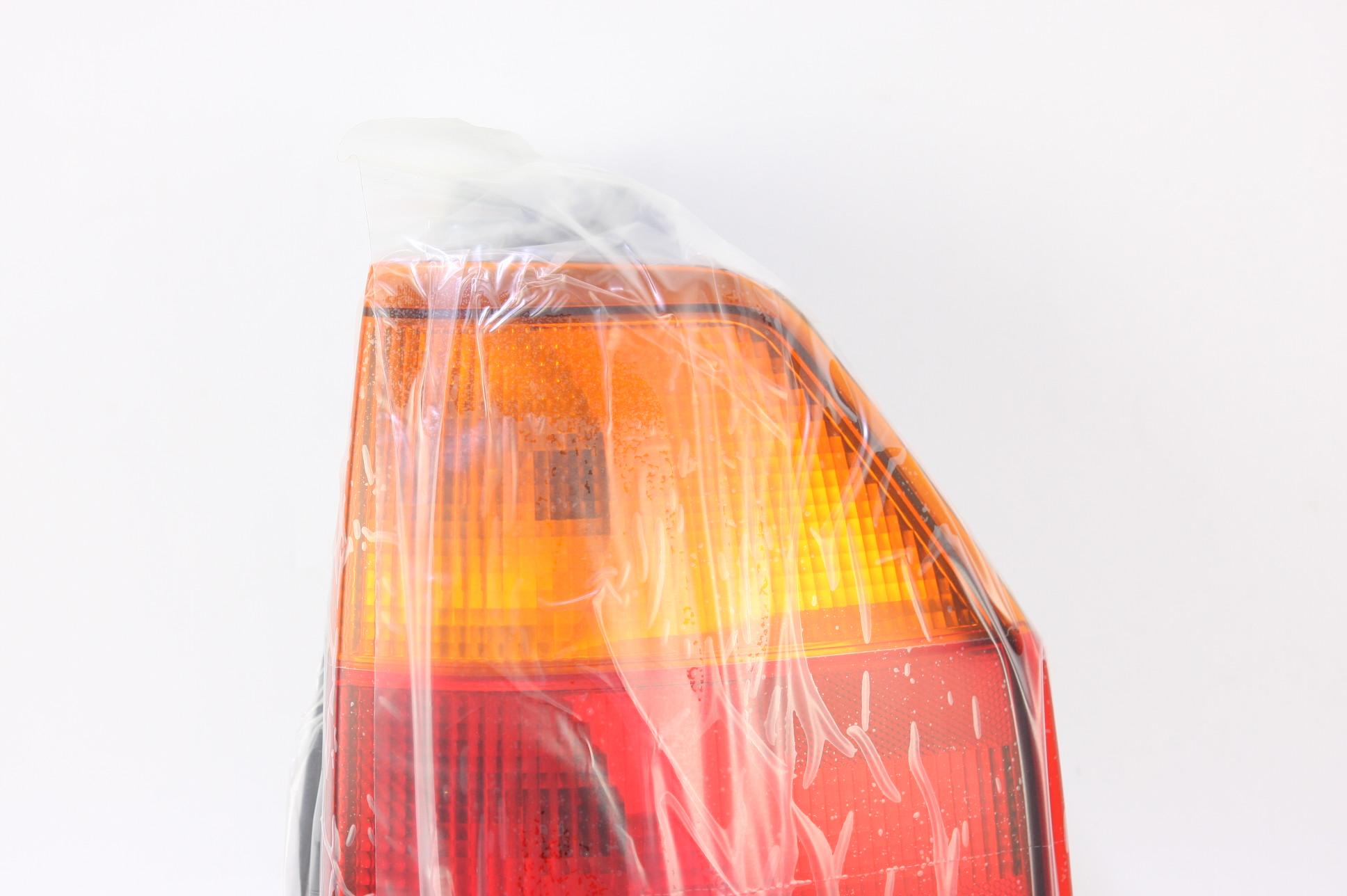 *New OEM GM 15131577 GMC Envoy 02-09 Right Rear Brake Taillight Taillamp Lens - image 2