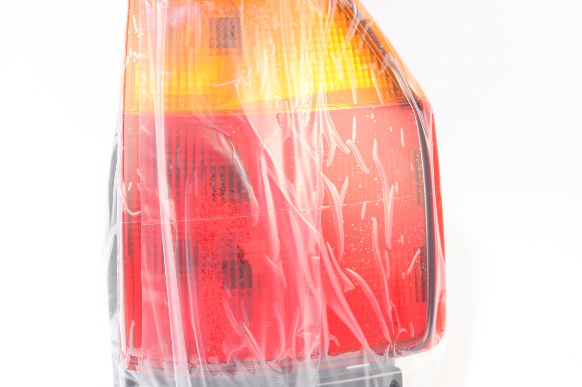 *New OEM GM 15131577 GMC Envoy 02-09 Right Rear Brake Taillight Taillamp Lens - image 3
