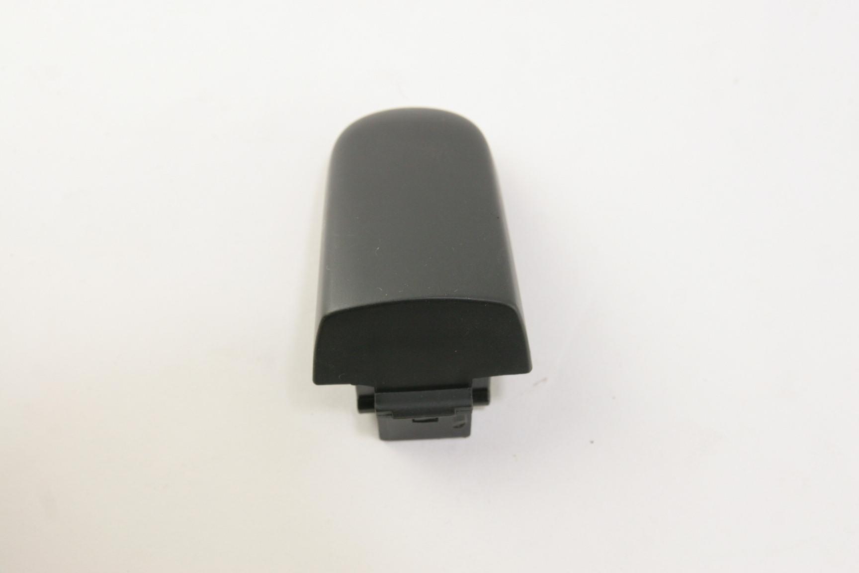 *~ New Genuine GM OEM 15835615 Lock Hardware Rear Door Handle Outside Cap - image 3