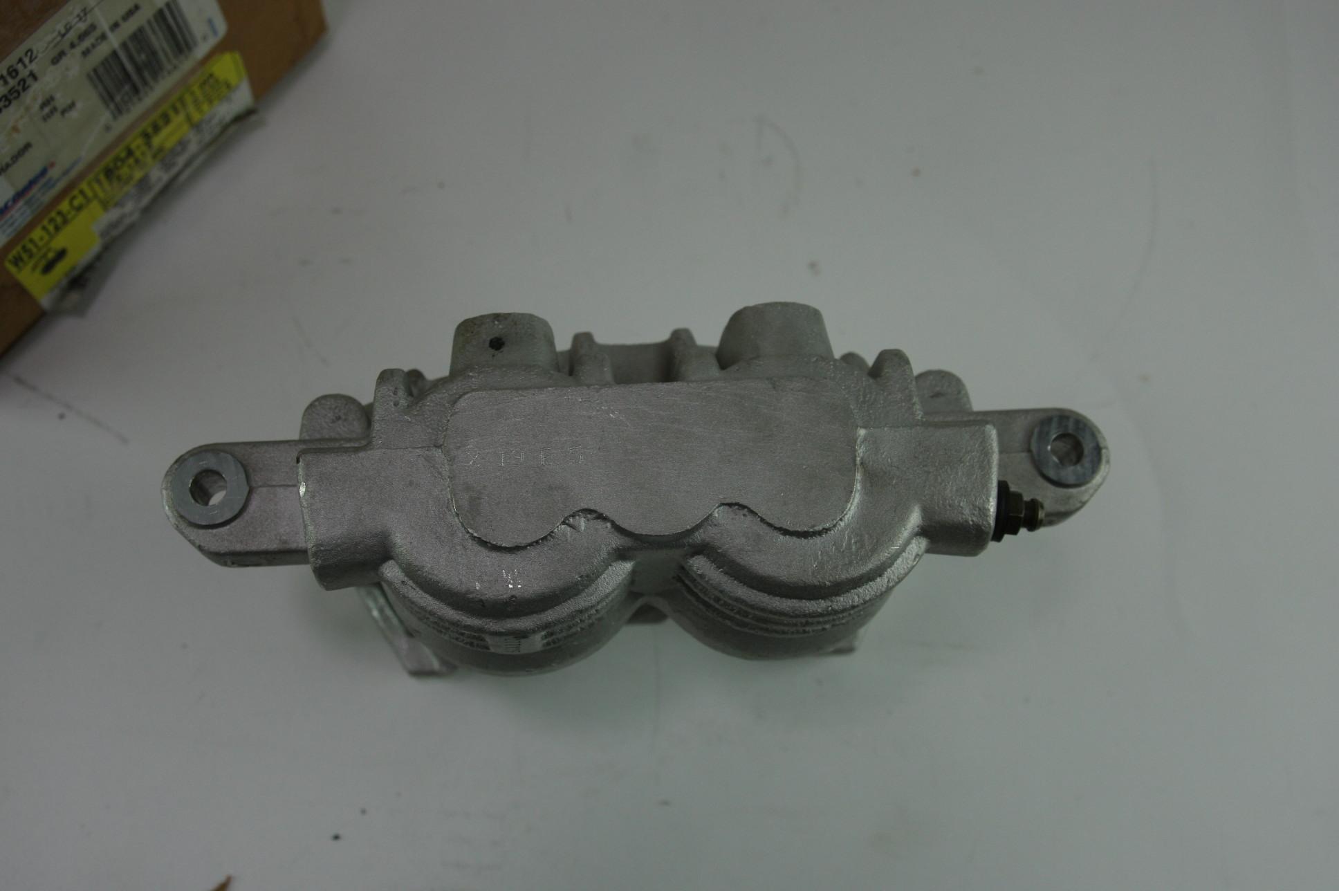 *** New Genuine OEM ACDelco 172-1612 GM 18043521 Disc Brake Caliper Rear Right - image 1