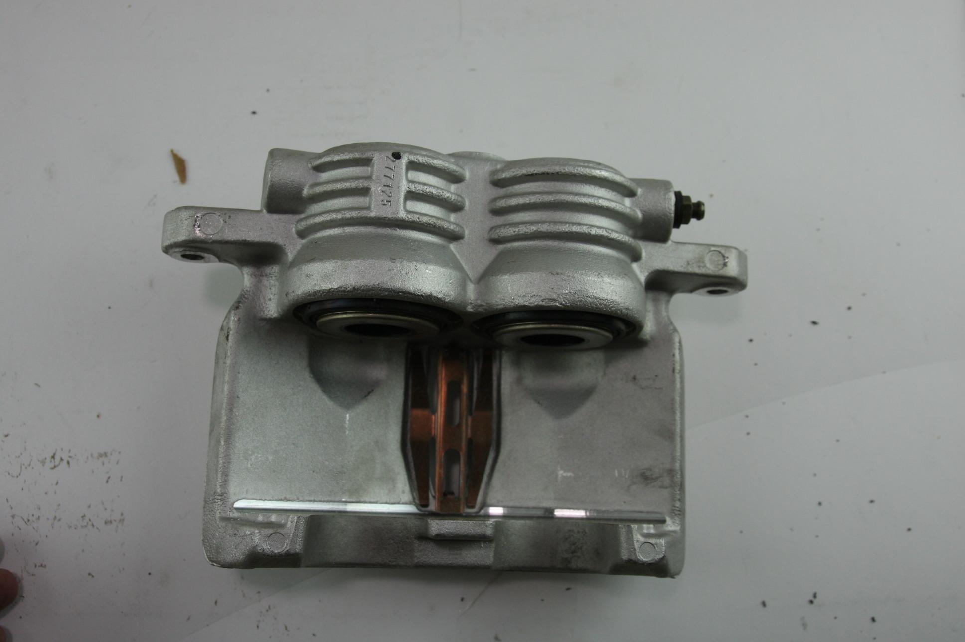 *** New Genuine OEM ACDelco 172-1612 GM 18043521 Disc Brake Caliper Rear Right - image 5