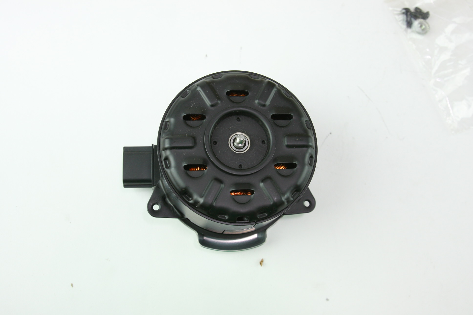 New OEM GM 19351719 Cadillac 09-14 CTS Engine Cooling Fan Motor Free Shipping - image 3