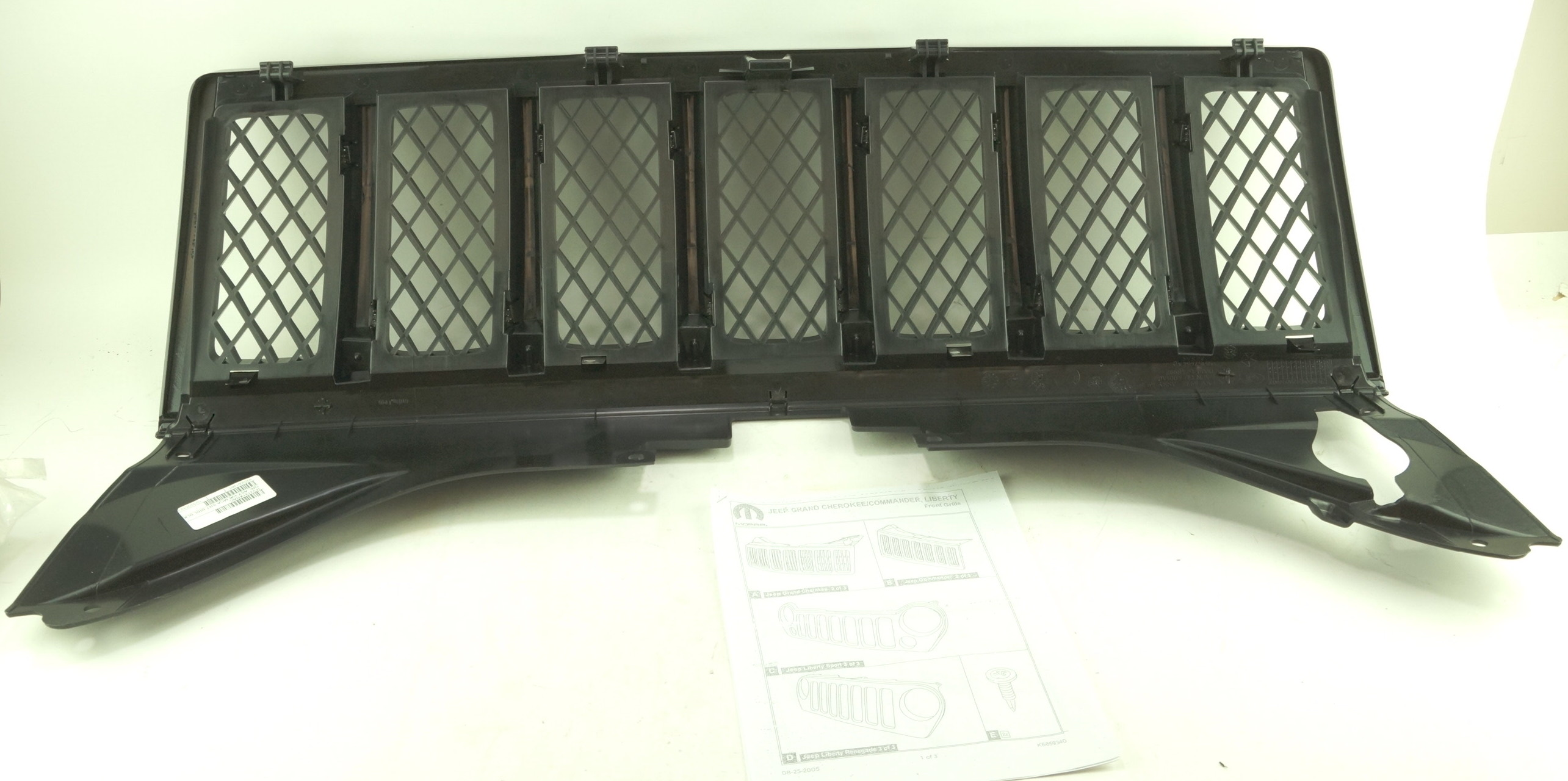 New OEM 1FW131XR-AC 08-10 Jeep Grand Cherokee Black Radiator Grille Assembly - image 9