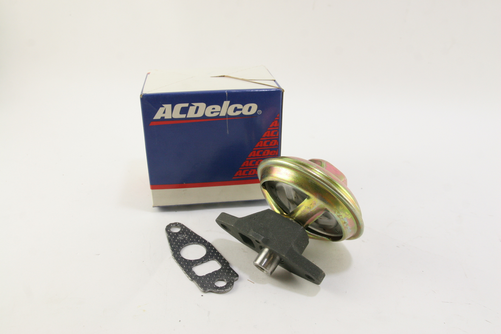 NEW ACDelco OEM 214-5557 EGR Valve 17113478 Free Shipping NIP - image 1