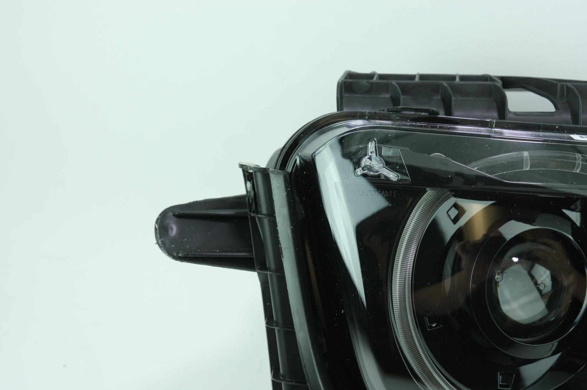 New Genuine OEM GM 22959920 Right Headlight Assembly 10-15 Chevy Camaro NIP - image 6