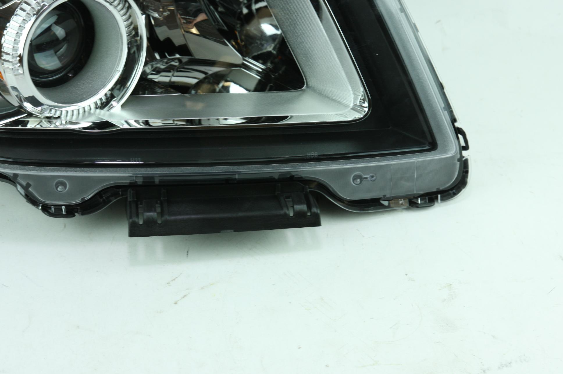 **** New OEM 23319182 Genuine GM 13-15 GMC Terrain RH Headlight Assembly - image 5