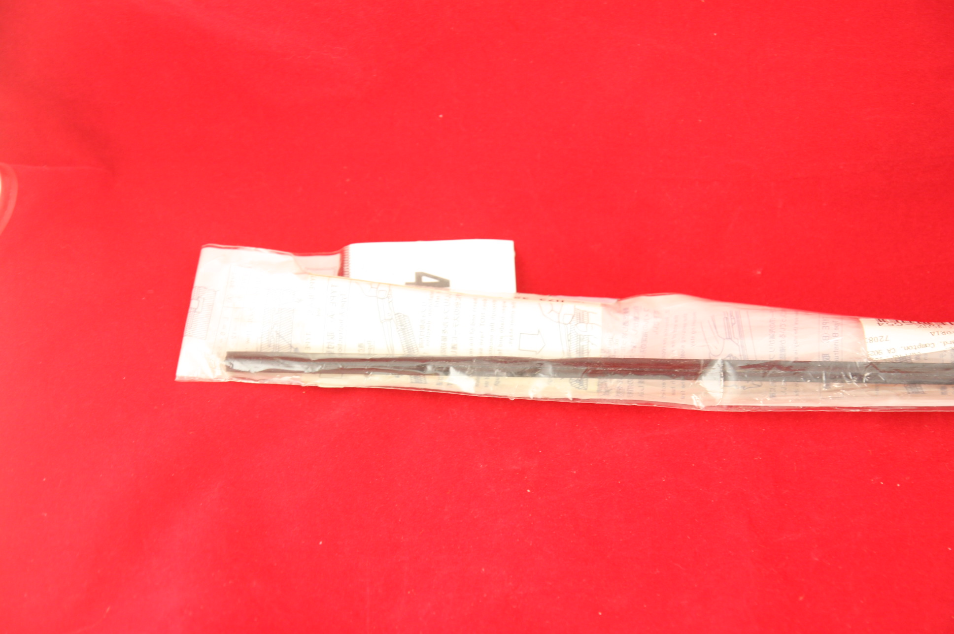 ~ New Nissan OEM 28895-79902 Infiniti Wiper Blade Refill Insert Free Shipping - image 3