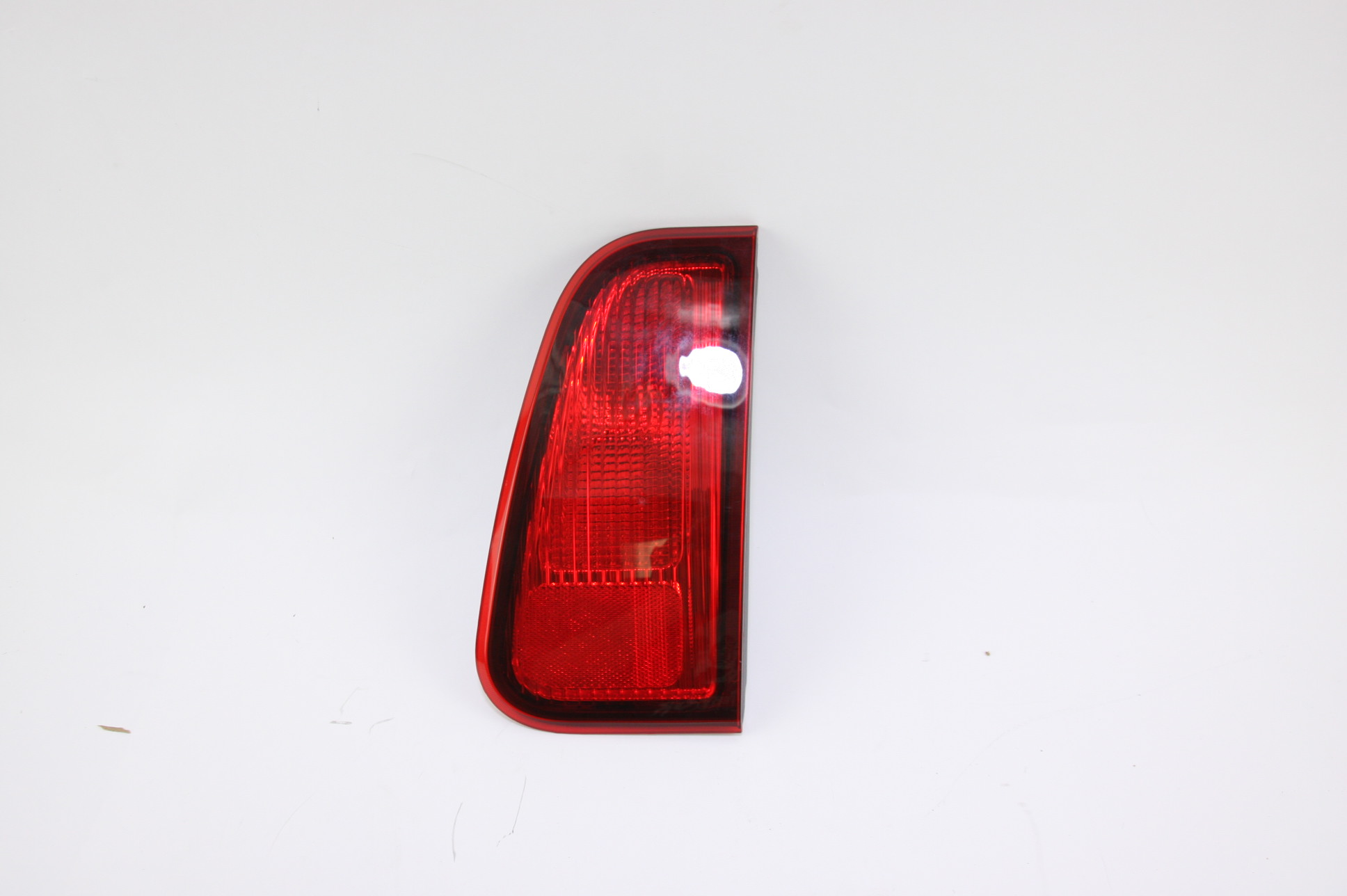 **** New OEM 2L7Z13404CA Ford Lincoln Navigator Taillight Tail Light Lamp RH - image 1