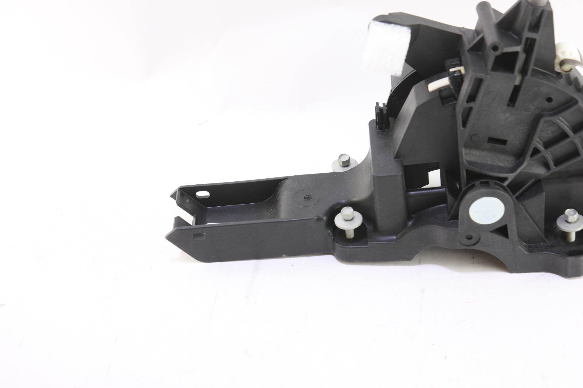 ~ New Genuine Ford OEM 2L7Z7210EB Automatic Transmission Gear Shifter Lever - image 4