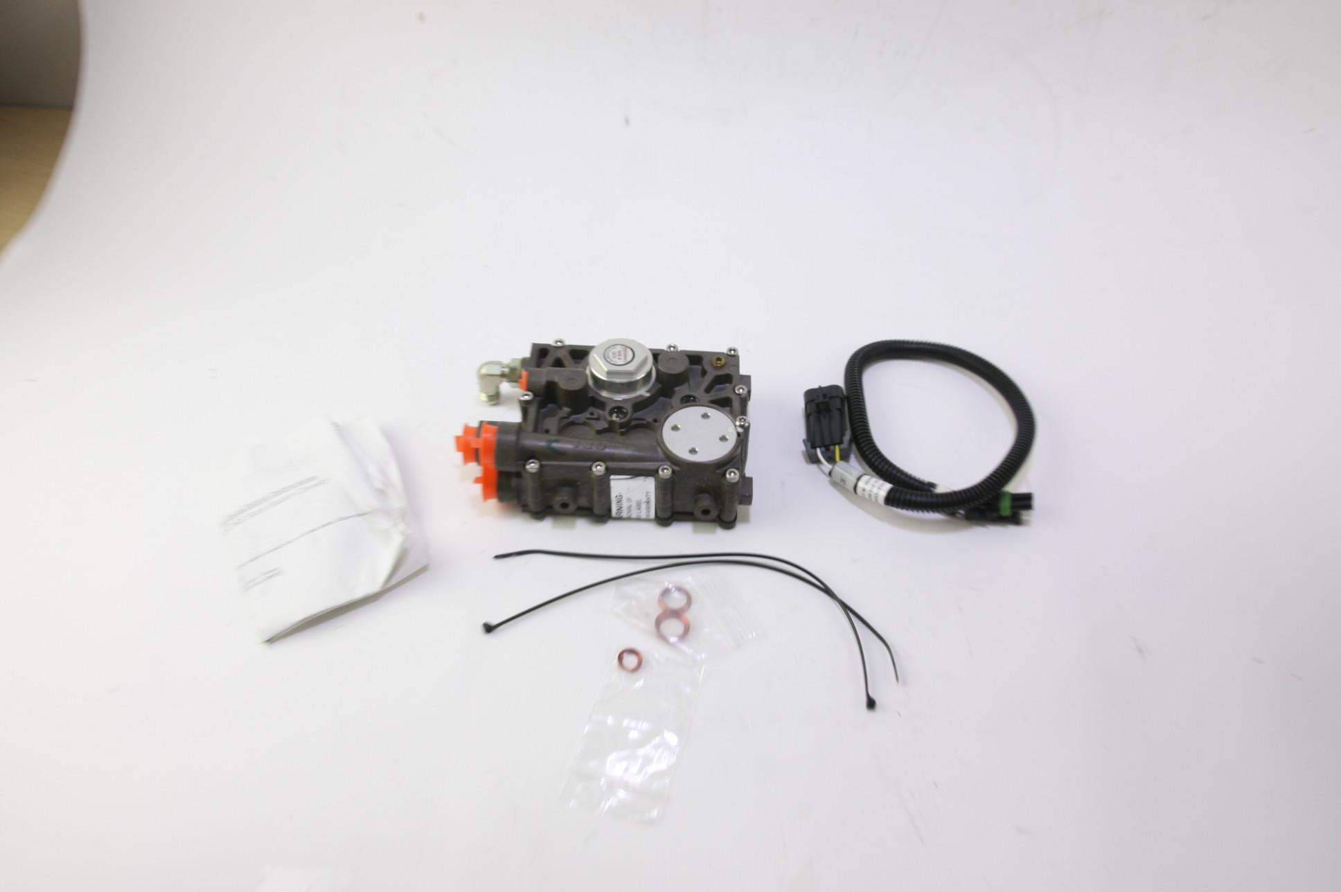 ~ New OEM 3L3Z9C968BB Ford Regulator - Fuel Pressure Free Shipping - image 1