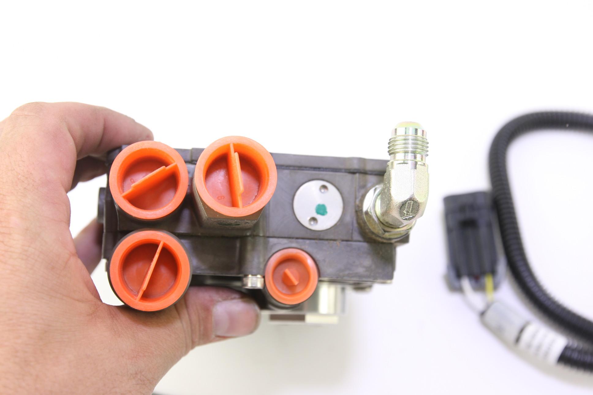 ~ New OEM 3L3Z9C968BB Ford Regulator - Fuel Pressure Free Shipping - image 3