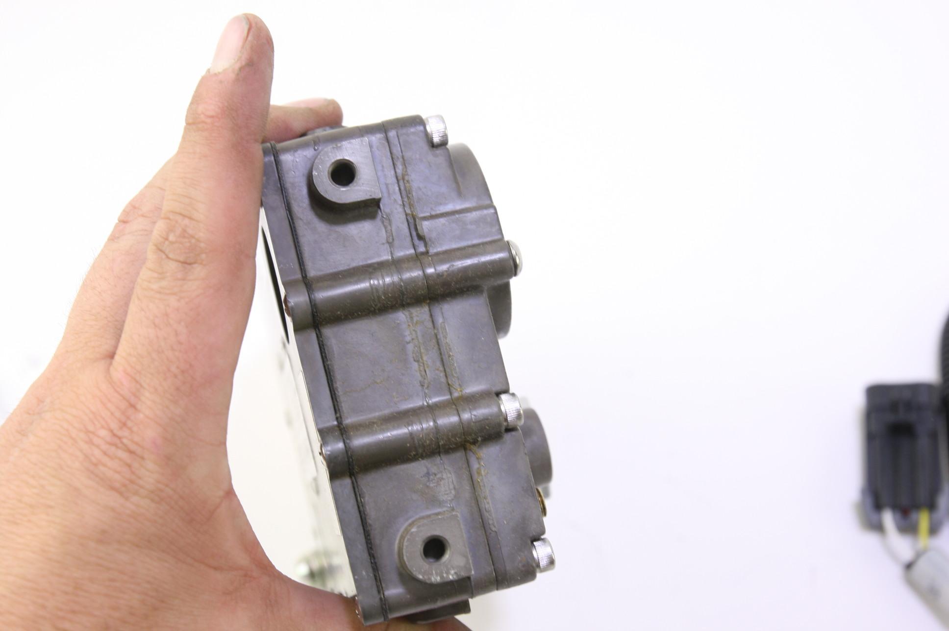 ~ New OEM 3L3Z9C968BB Ford Regulator - Fuel Pressure Free Shipping - image 6