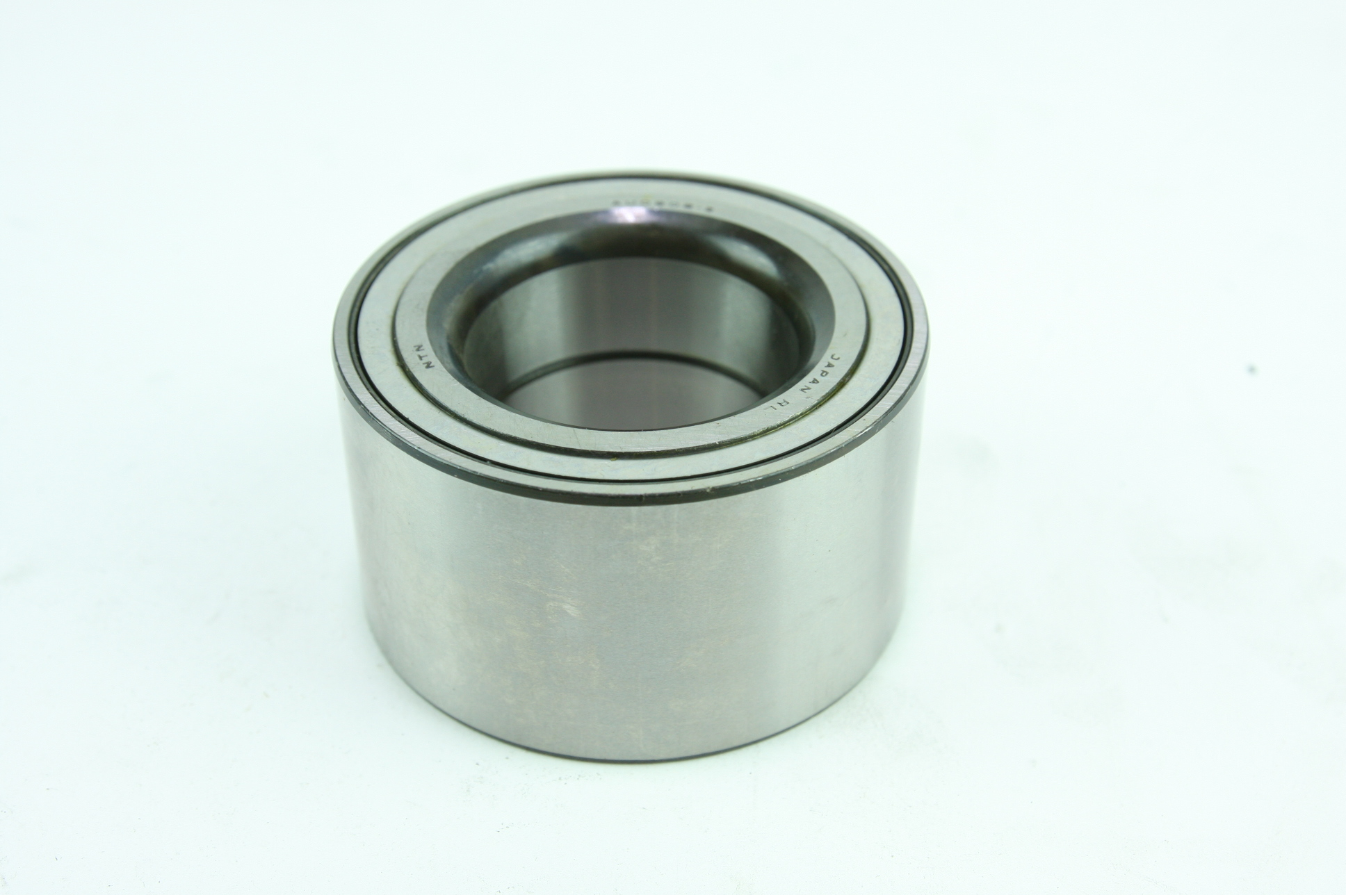* New Genuine OEM Nissan 402102Y000 Front Wheel Bearing Fast Free Shipping - image 1