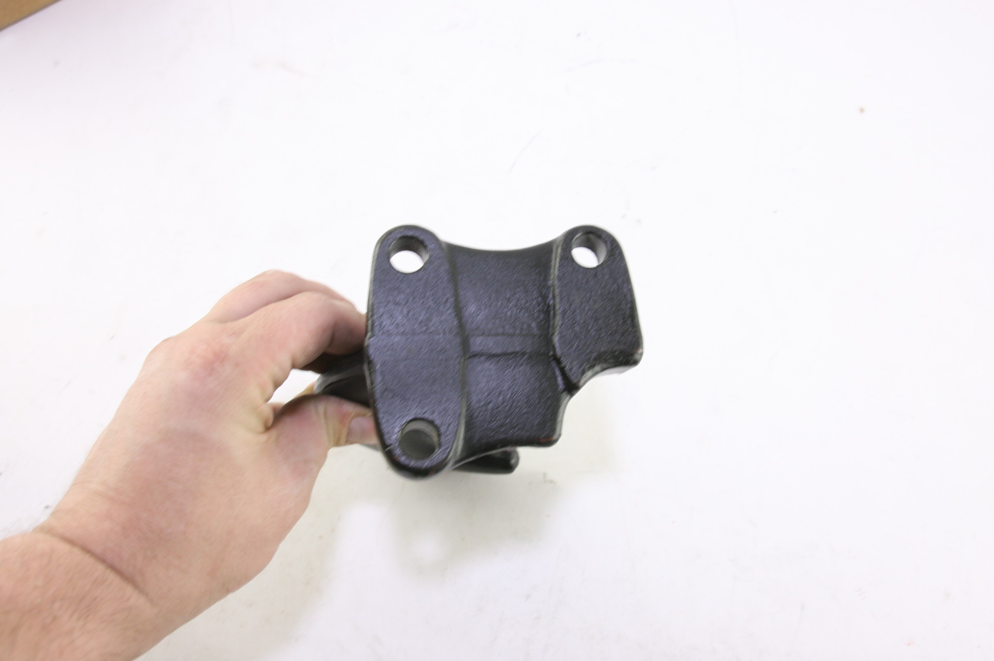 **~ New Ford OEM 4C4Z17A954BA Left Tow Hook Free Shipping - image 7