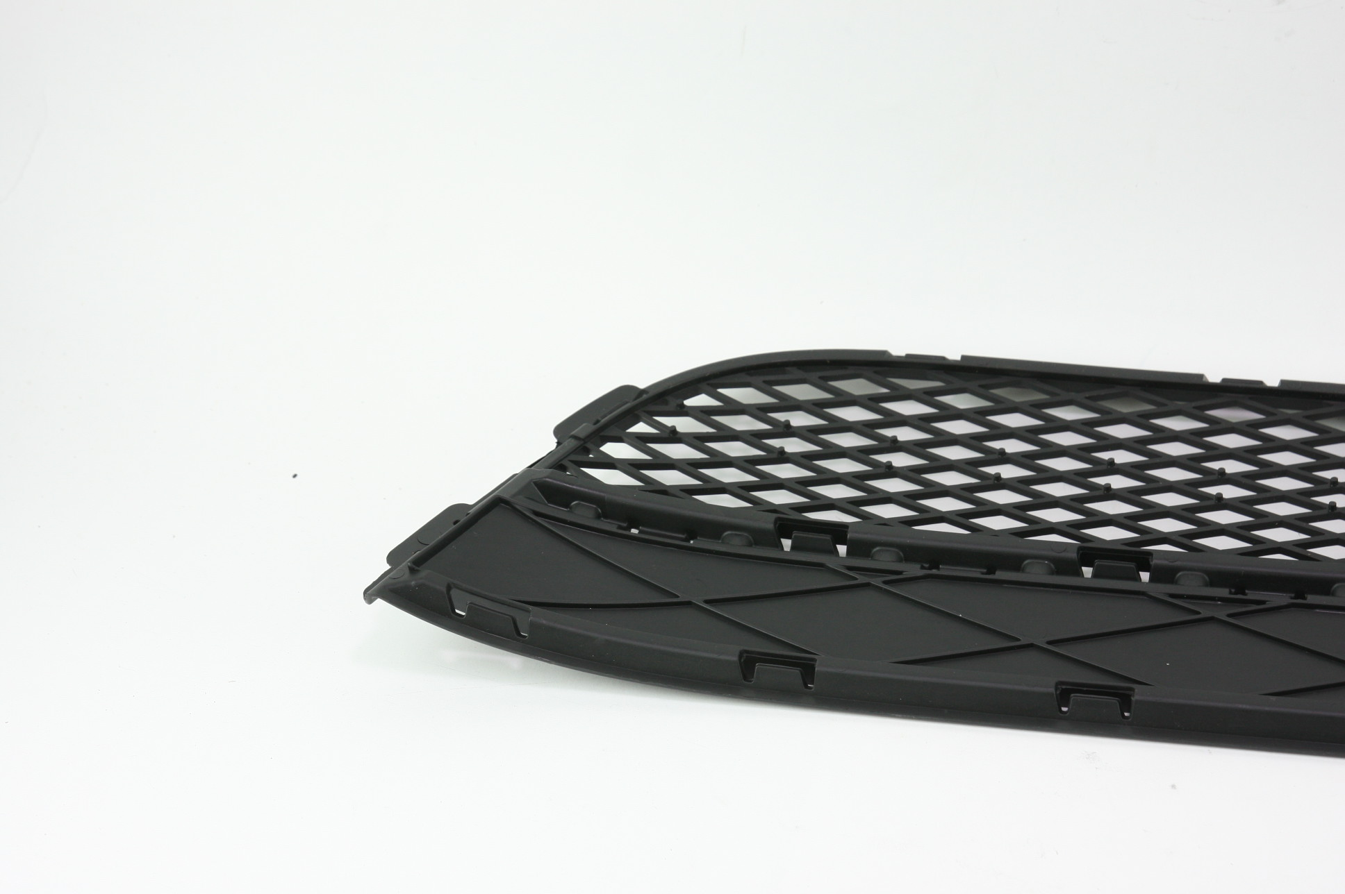 New OEM 5N08536779B9 Volkswagen VW Tiguan Front Bumper Lower Bottom Grille Grill - image 7