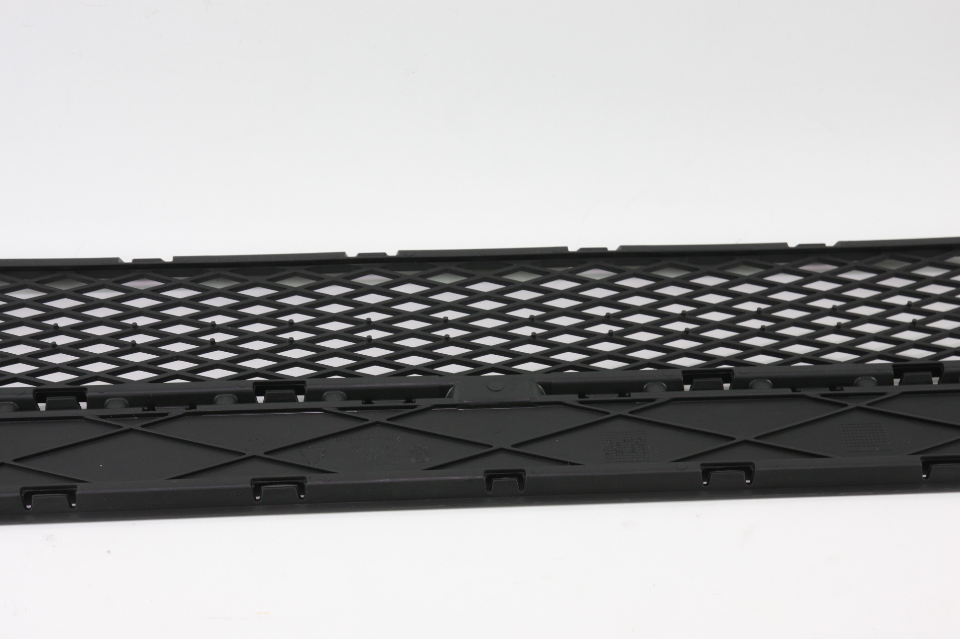 New OEM 5N08536779B9 Volkswagen VW Tiguan Front Bumper Lower Bottom Grille Grill - image 8