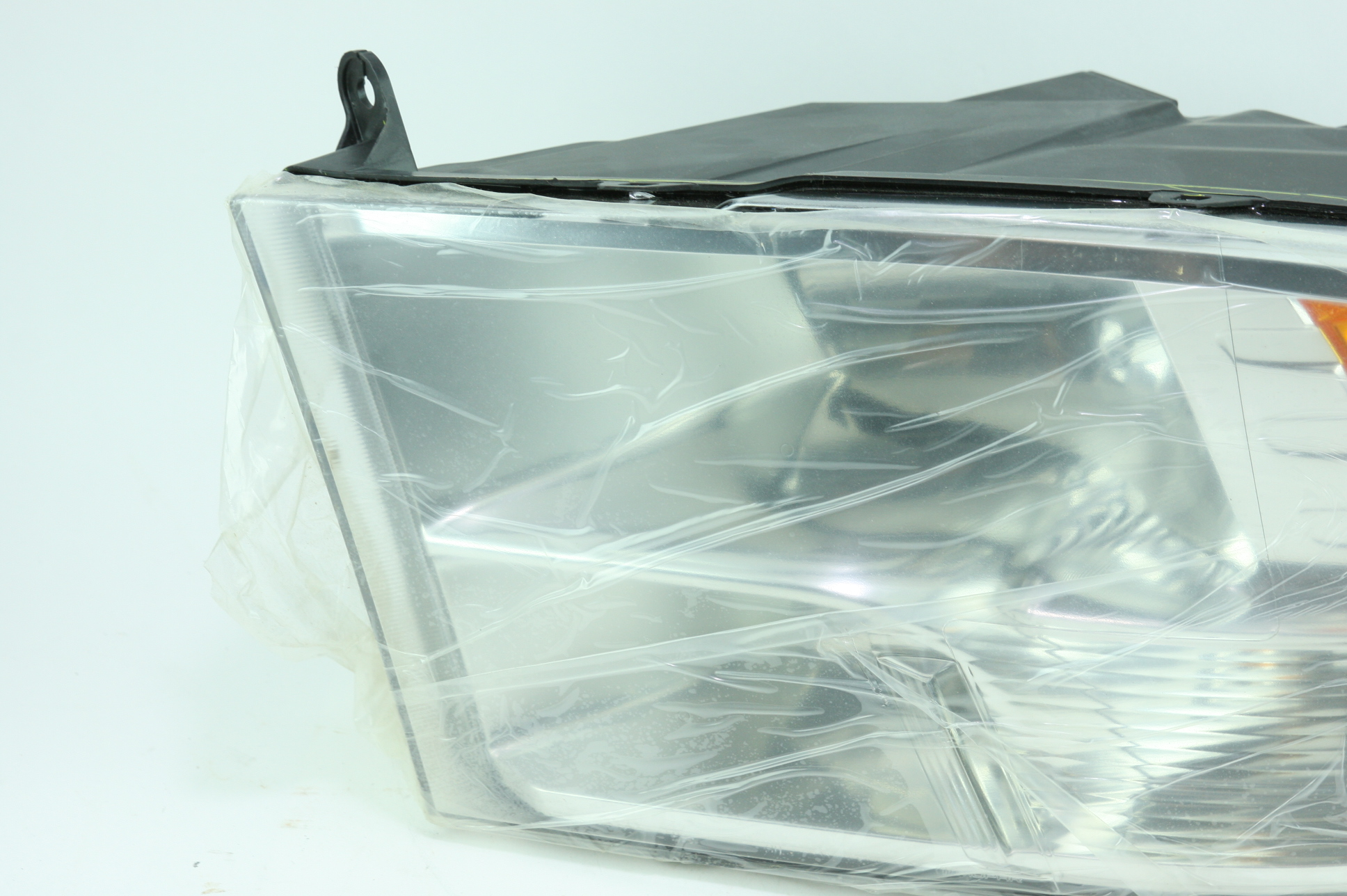 * New OEM 68096439AF Genuine Mopar Composite Headlamp 13-18 Dodge Ram - image 5