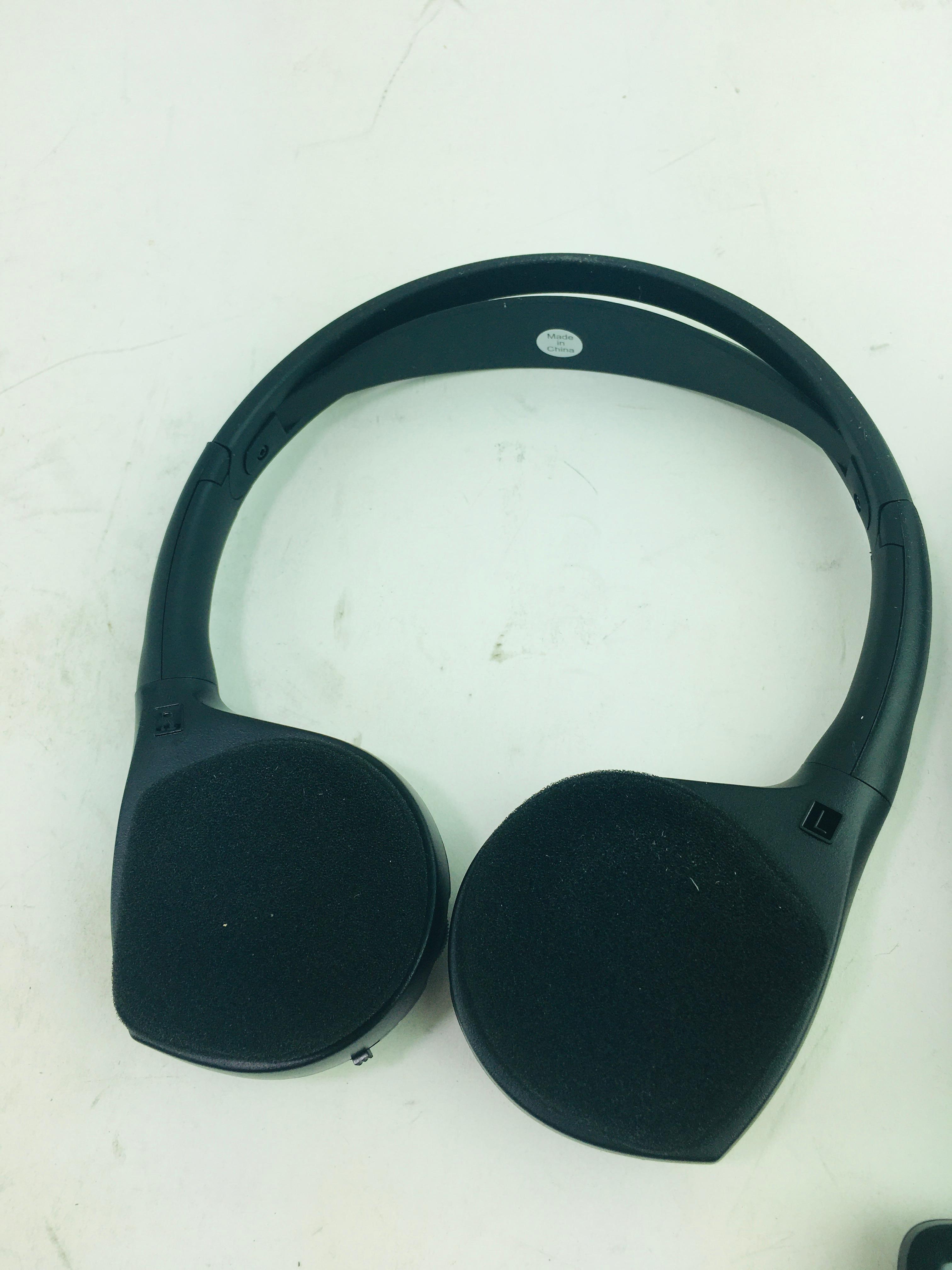 New Genuine OEM Mopar 82211695AD Chrysler Rear Audio U-Connect Headphones Remote - image 3