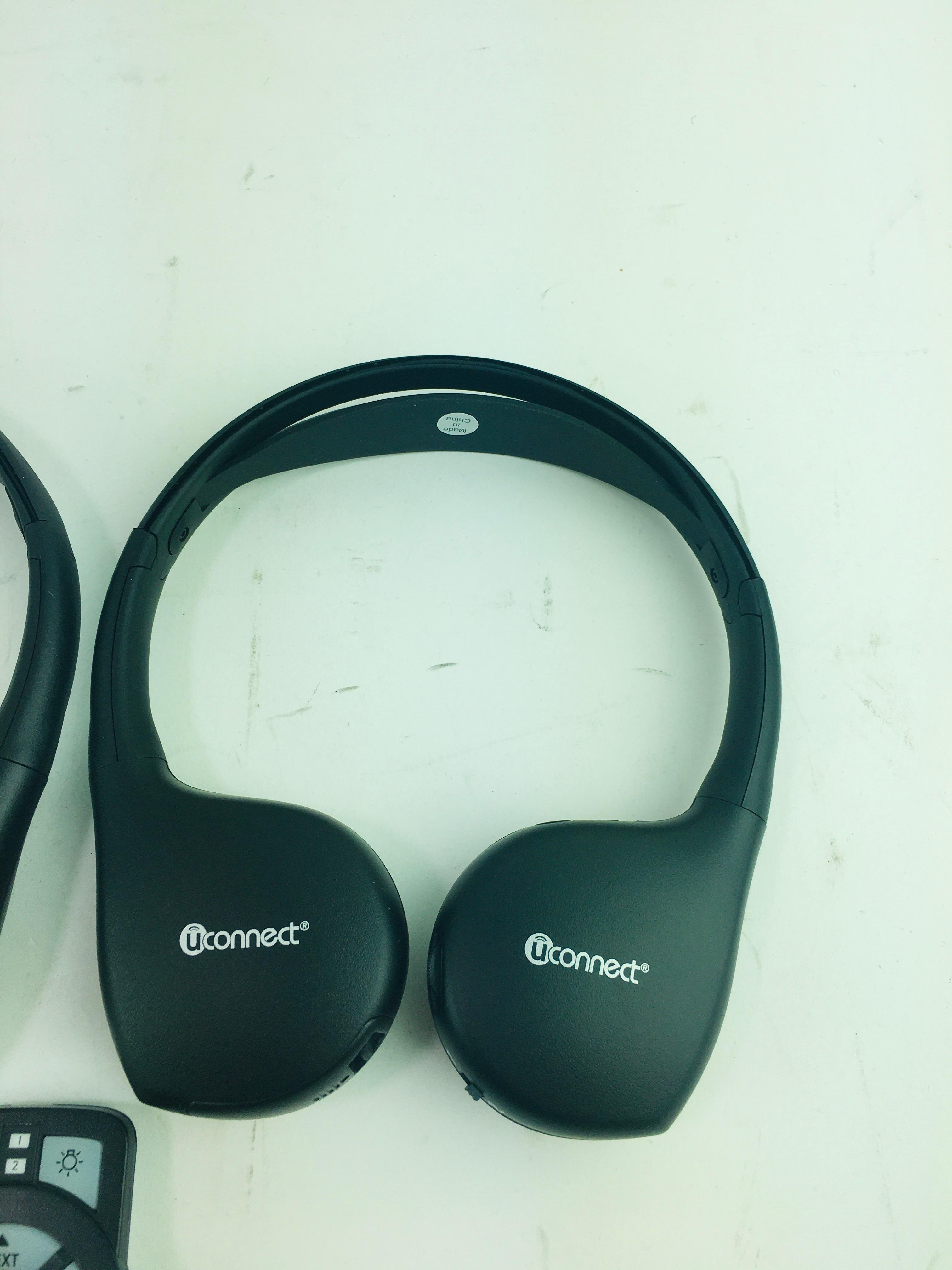 New Genuine OEM Mopar 82211695AD Chrysler Rear Audio U-Connect Headphones Remote - image 8
