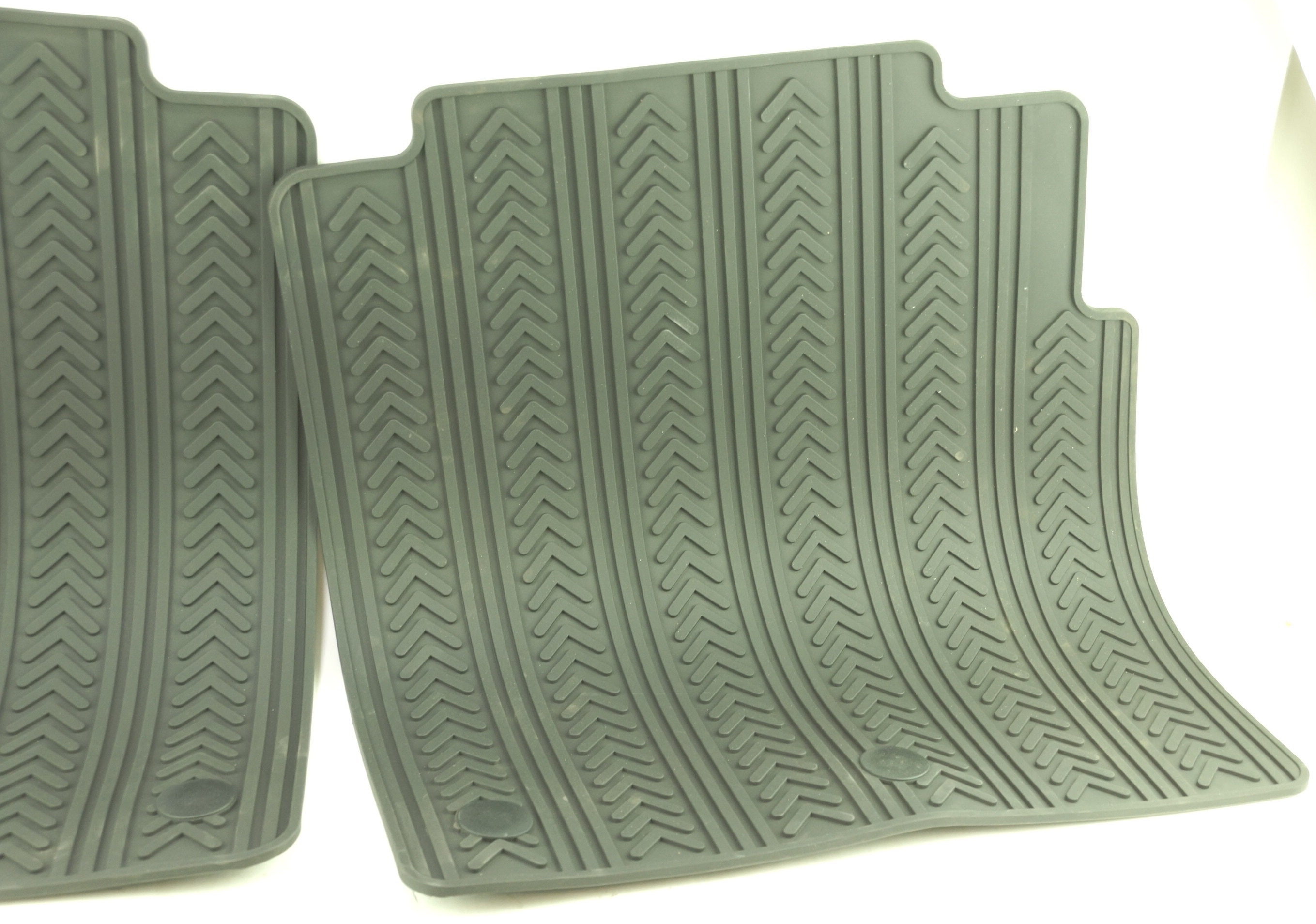 New OEM 82213479 Mopar Town & Country Front & 2nd Row Black Rubber Floor Mats - image 9