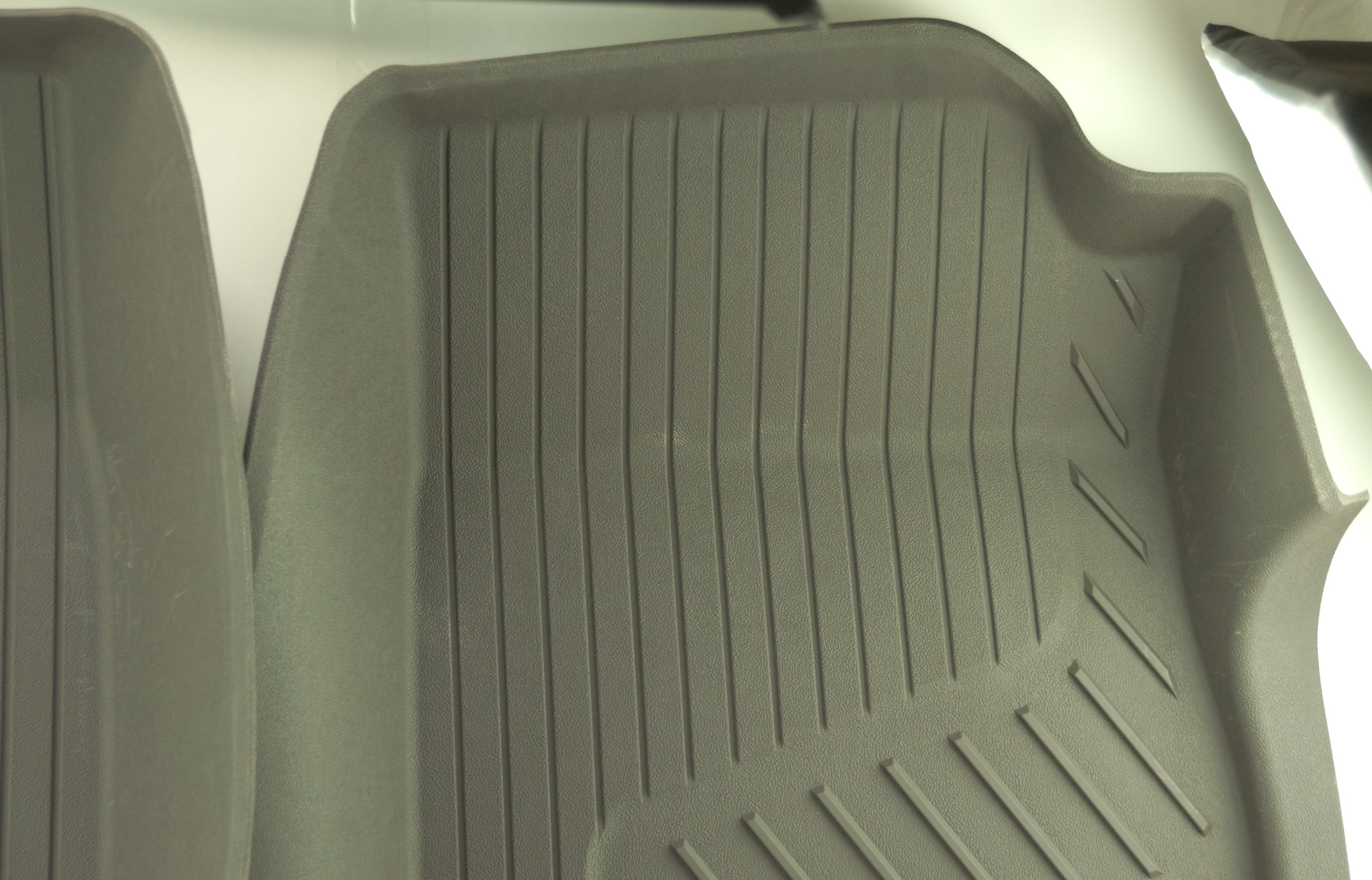 New OEM 84370641 Genuine GM Front Floor Liners All-Weather 15-20 GMC Canyon - image 8