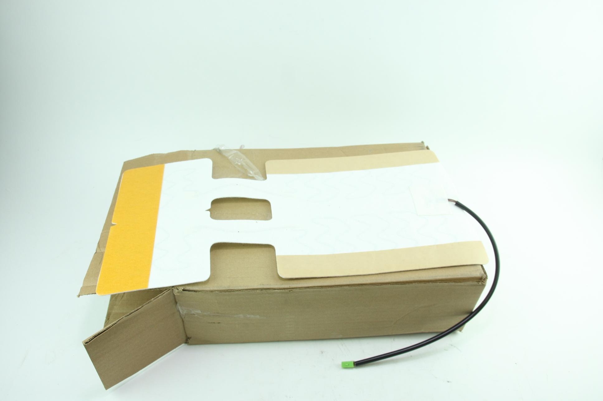 New Genuine OEM 88949407 GM Seat Heater Element Fast Free Shipping NIP - image 1