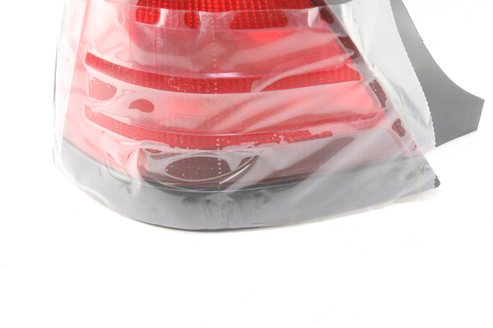 ~ New Ford OEM 8W7Z13405AA Tail Lamp Light Left Driver Free Shipping - image 4