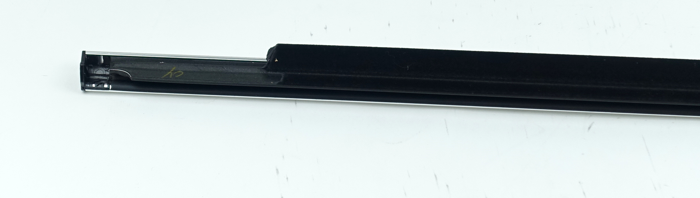 New OEM 95980302 GM Front Door Window Sweep Belt Molding Weatherstrip Left - image 10