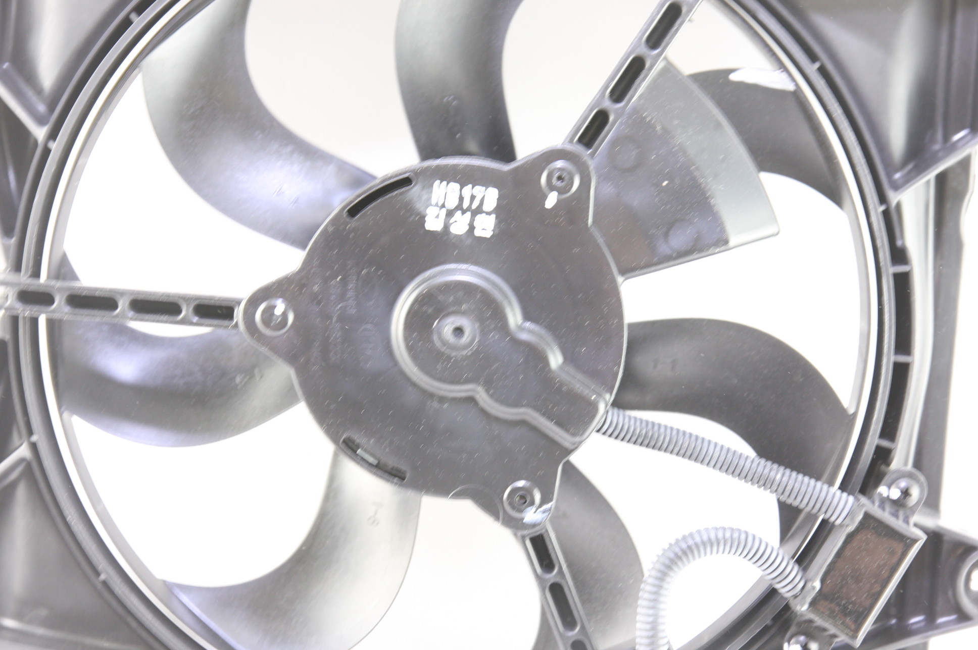~ New Kia OEM 977301G000 Kia Rio Radiator Condenser Fan Motor Free Shipping - image 9