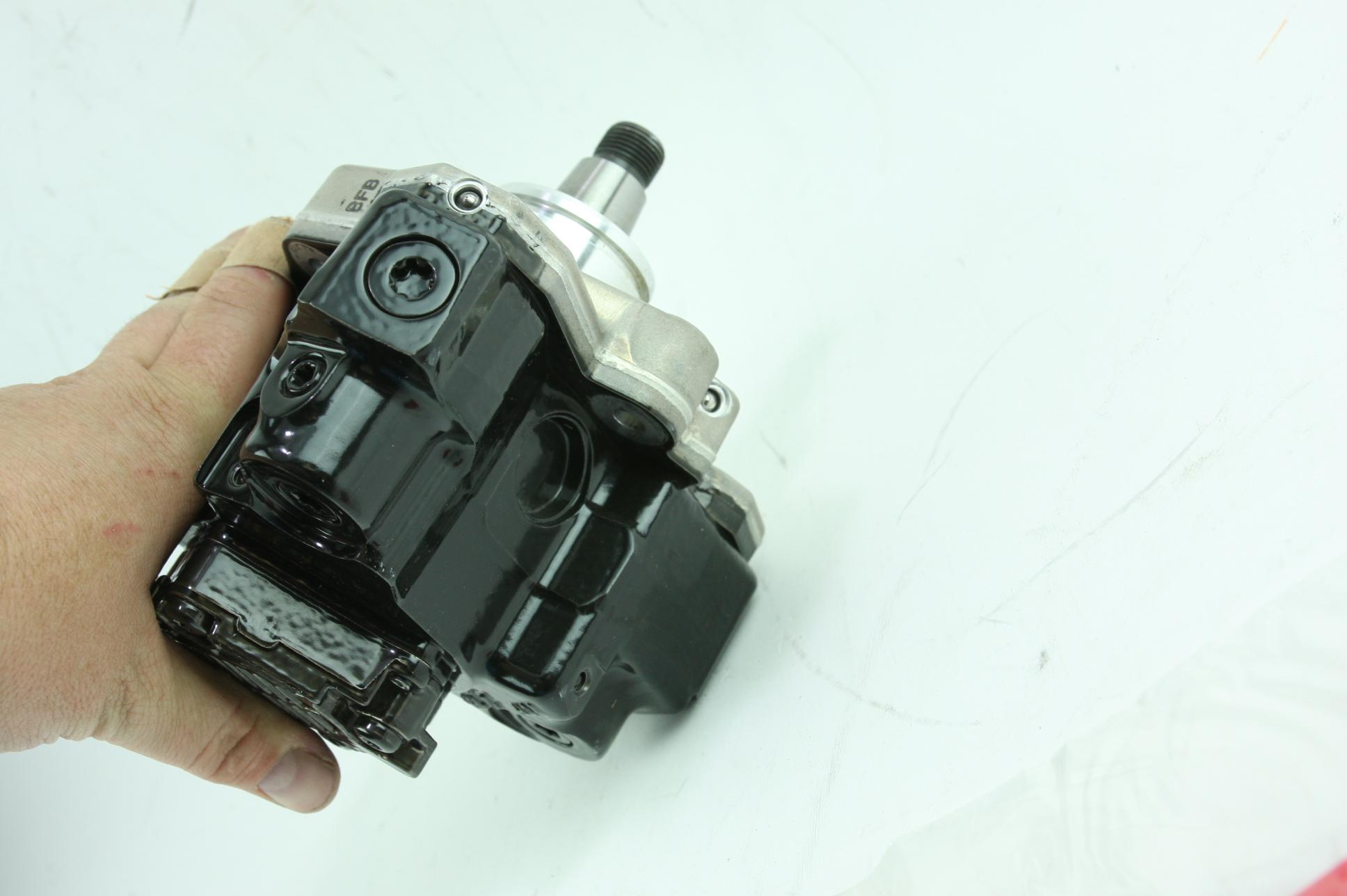 New Genuine OEM GM 97780161 Reman Injection Pump w/ Regulator 06-10 Duramax 6.6 - image 7