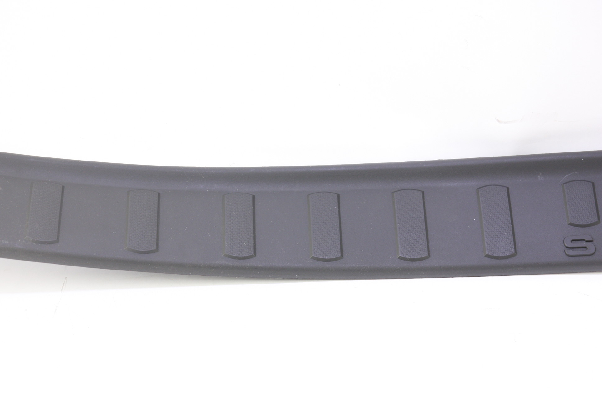 ~ New OEM 9C3Z2813208CA Ford 08-16 F-350 Super Duty Door Sill Scuff Plate RH - image 3