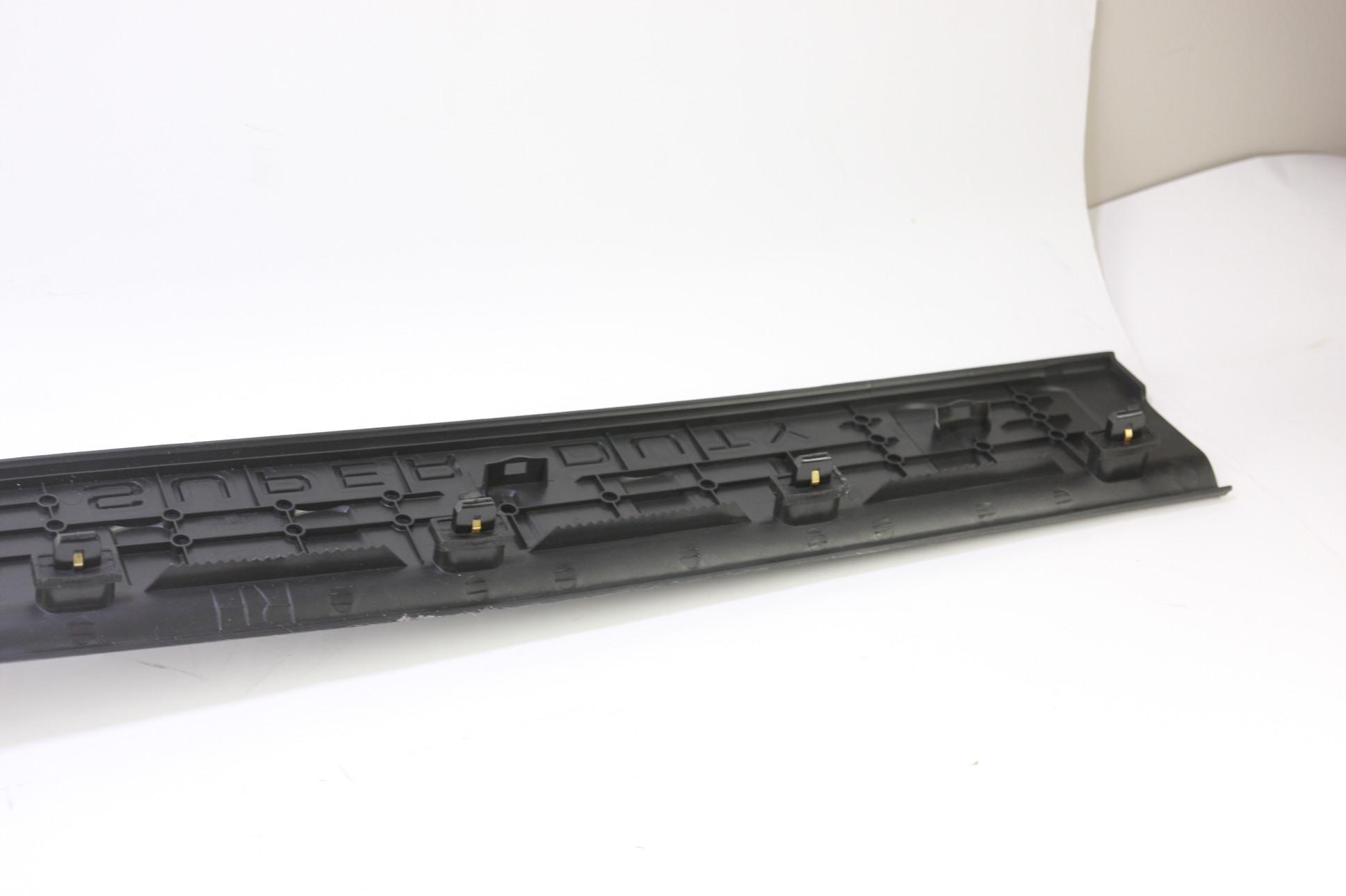 ~ New OEM 9C3Z2813208CA Ford 08-16 F-350 Super Duty Door Sill Scuff Plate RH - image 5