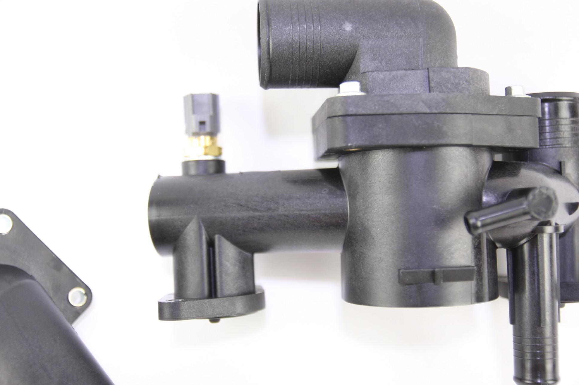 ** New OEM AJ89486 Jaguar 03-06 XK8 4.2L V8 Engine Coolant Thermostat Housing - image 6