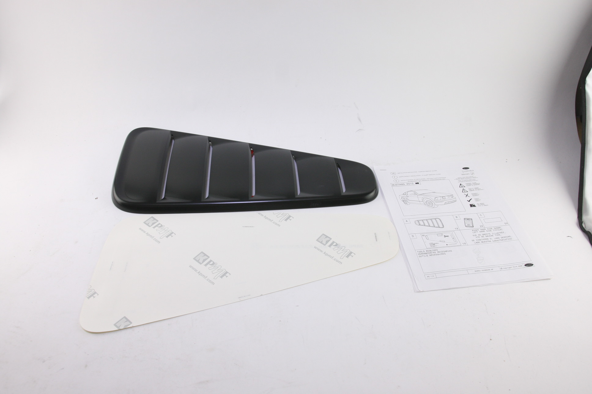 *** New OEM AR3Z63280B10AA 10-14 Mustang Louver Vent Right Primer Free Shipping - image 3