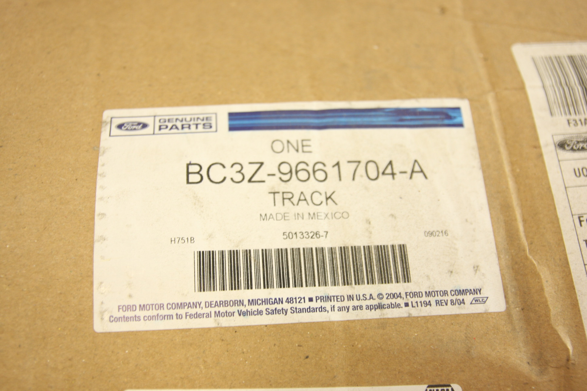 New OEM BC3Z9661704A Ford 11-16 Front Seat Cushion Frame Right Free Shipping NIP - image 3