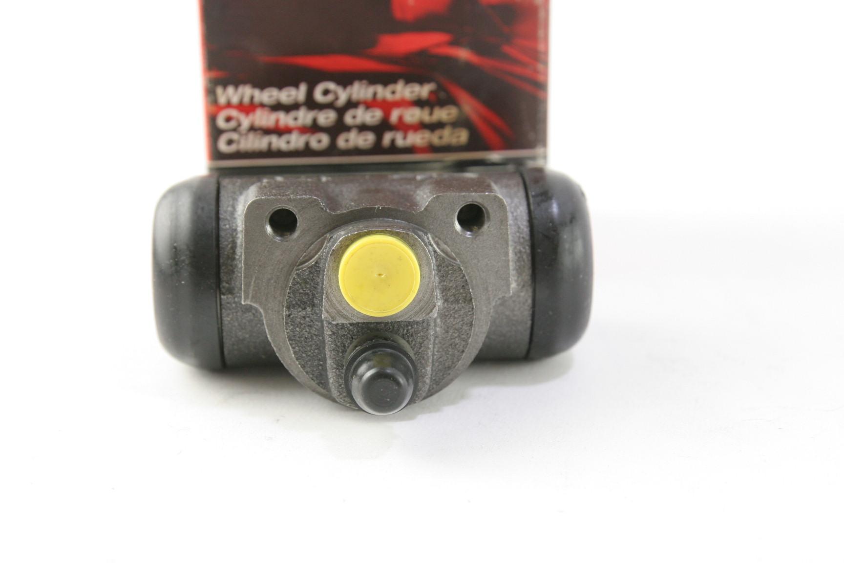 ~ New OEM Motorcraft BRWC31 Ford 1F1Z2V261BA Rear Brake Cylinder - image 4