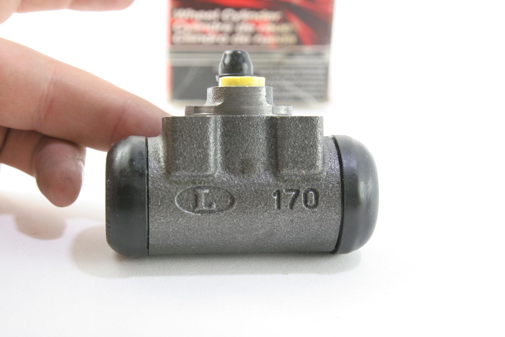 ~ New OEM Motorcraft BRWC31 Ford 1F1Z2V261BA Rear Brake Cylinder - image 7