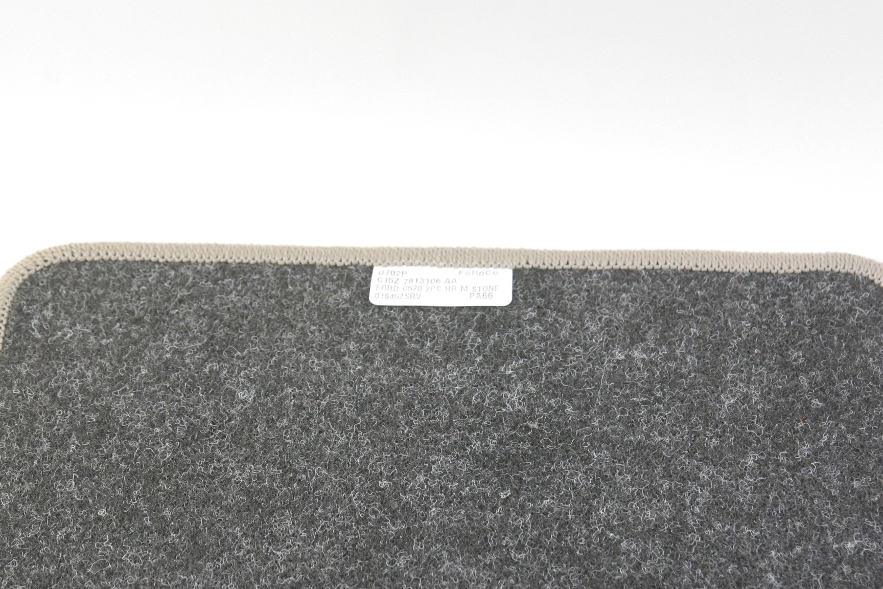 ***~ New OEM Ford CJ5Z7813106AA 13-16 Escape Carpet Rear Mats Medium Light Stone - image 5