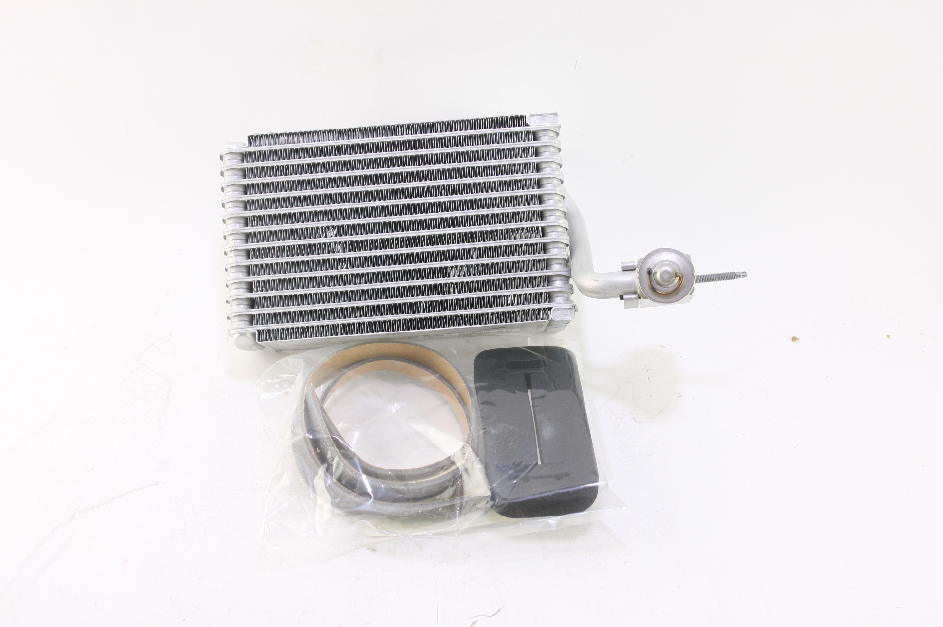 *~ New Mopar OEM CNTKX210AA Evaporator Air Conditioning Caravan Free Shipping - image 1