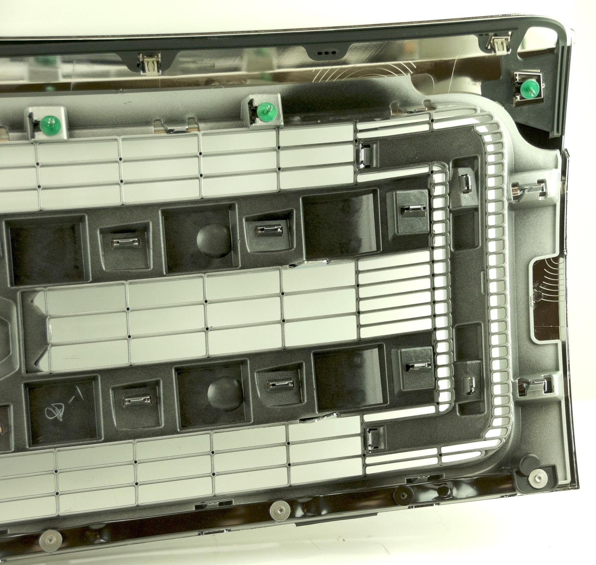 New Genuine OEM DL3Z8200BA Ford Front Grille Assembly w/ Emblem 09-14 F-150 XLT - image 11