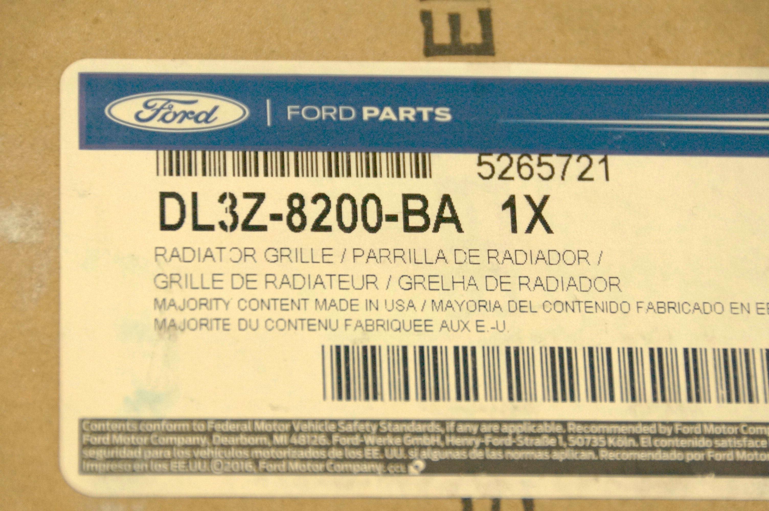 New Genuine OEM DL3Z8200BA Ford Front Grille Assembly w/ Emblem 09-14 F-150 XLT - image 12