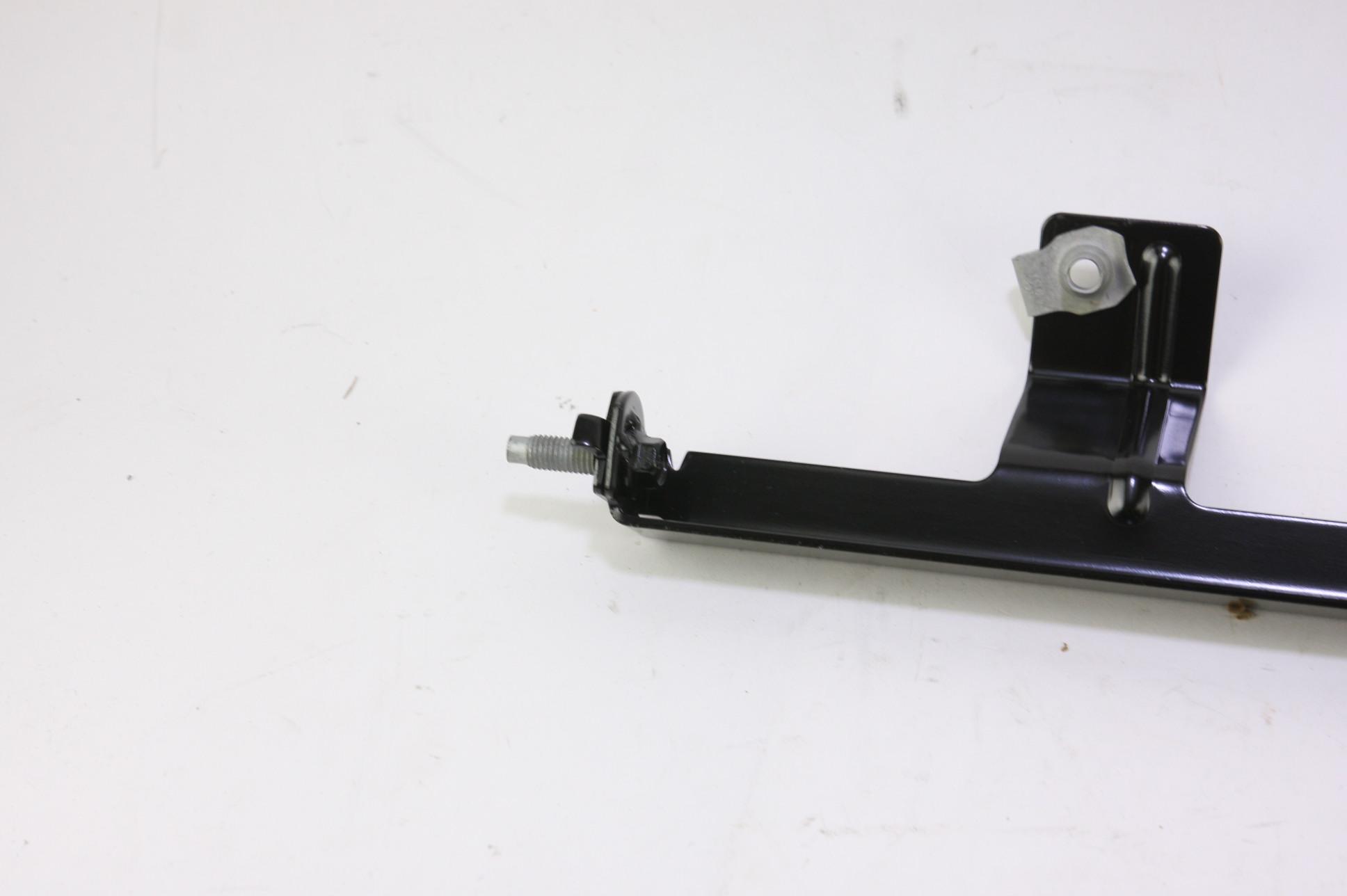 *** New Genuine OEM EB5Z3962B Ford Inner Bracket 14-17 Exporer Free Shipping - image 4