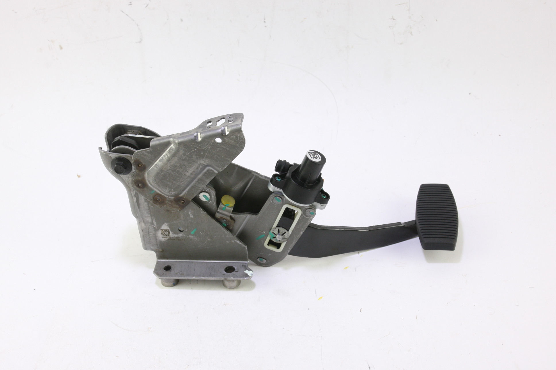 **~ New OEM EC3Z2455C Ford Brake Pedal Assembly Fast Free Shipping - image 1