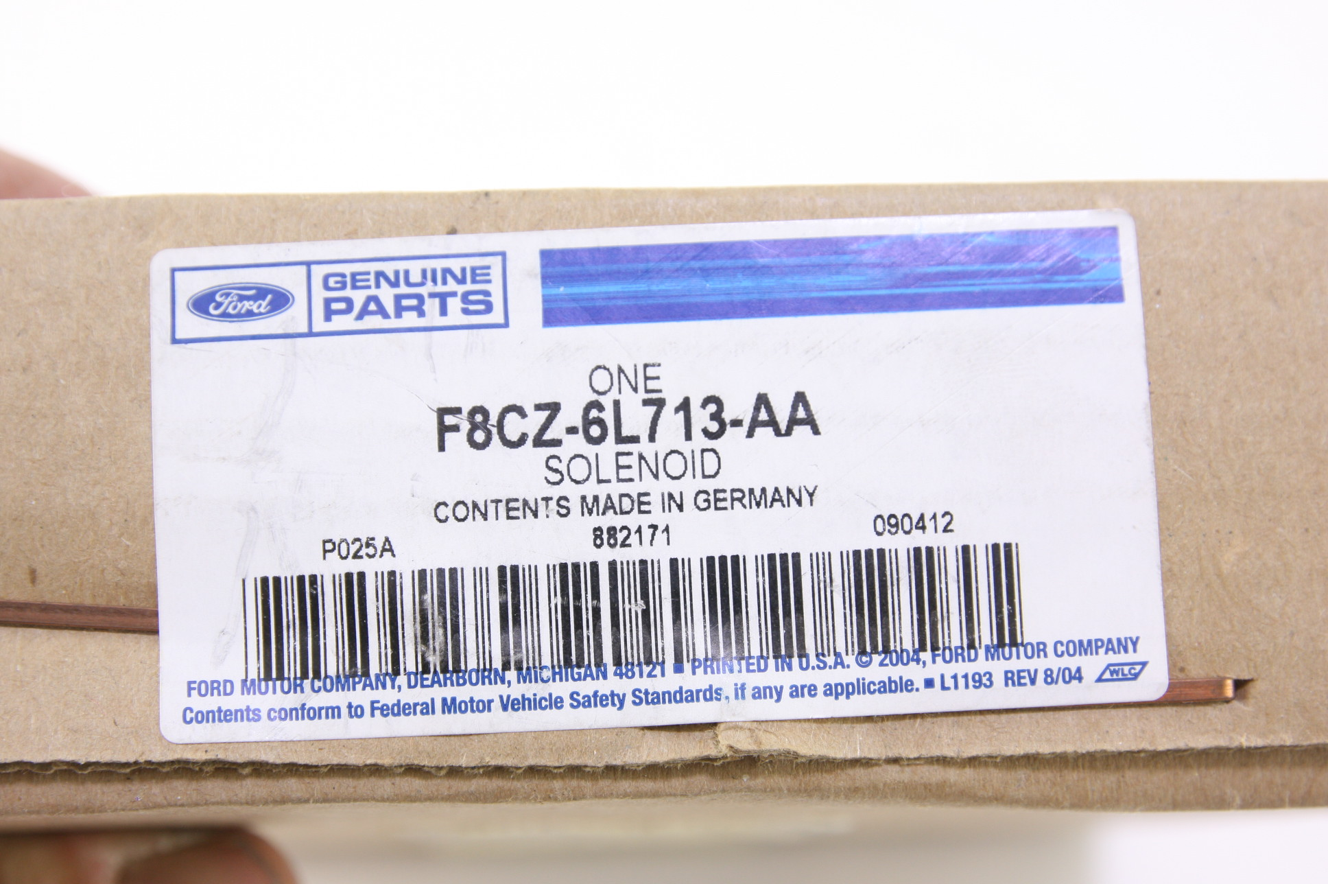 *~ New Genuine Ford OEM F8CZ6L713AA Engine Variable Timing Solenoid Valve - image 2
