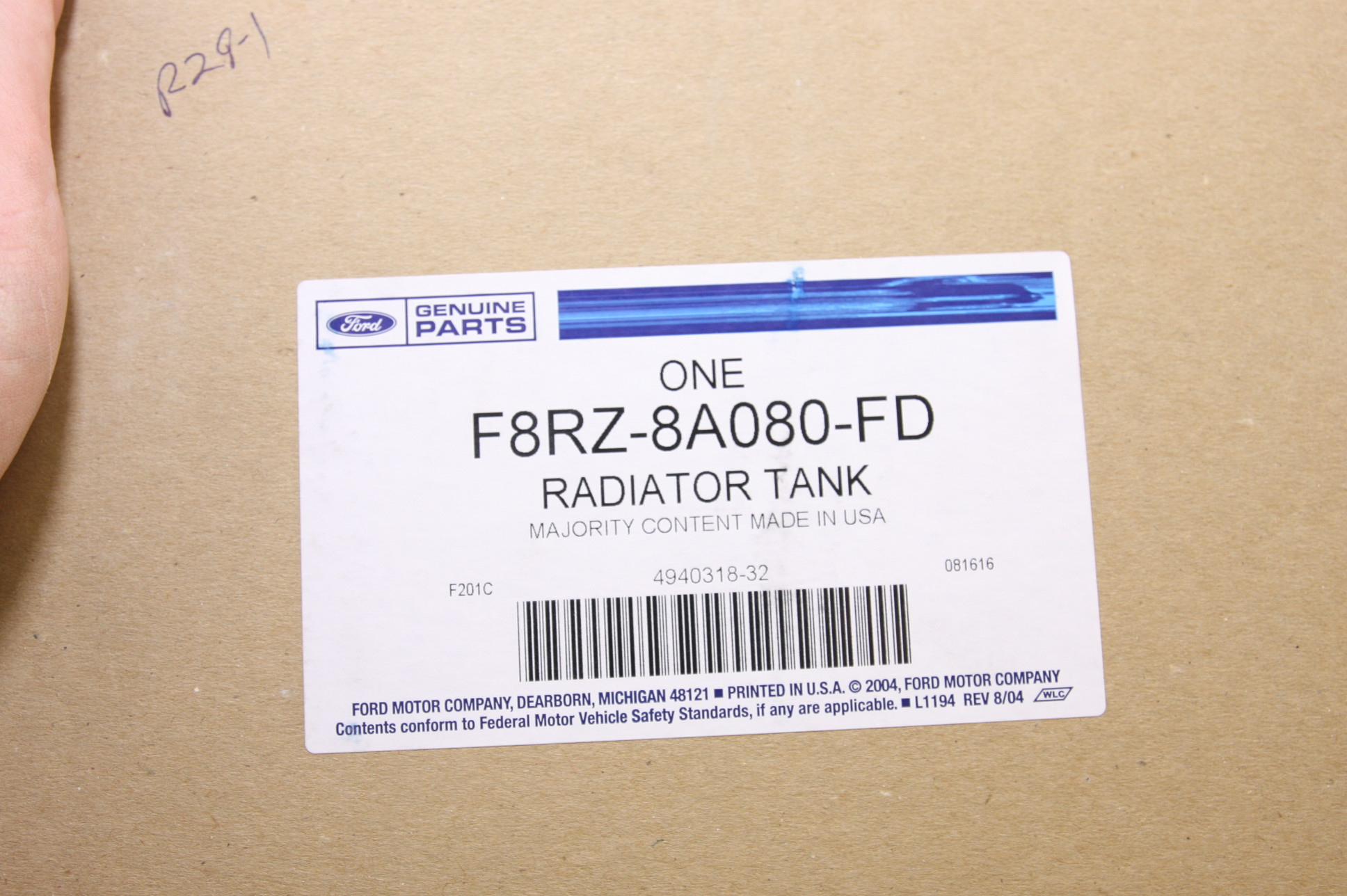 **** New OEM F8RZ8A080FD Ford Radiator Coolant Overflow Tank Recovery Bottle - image 2