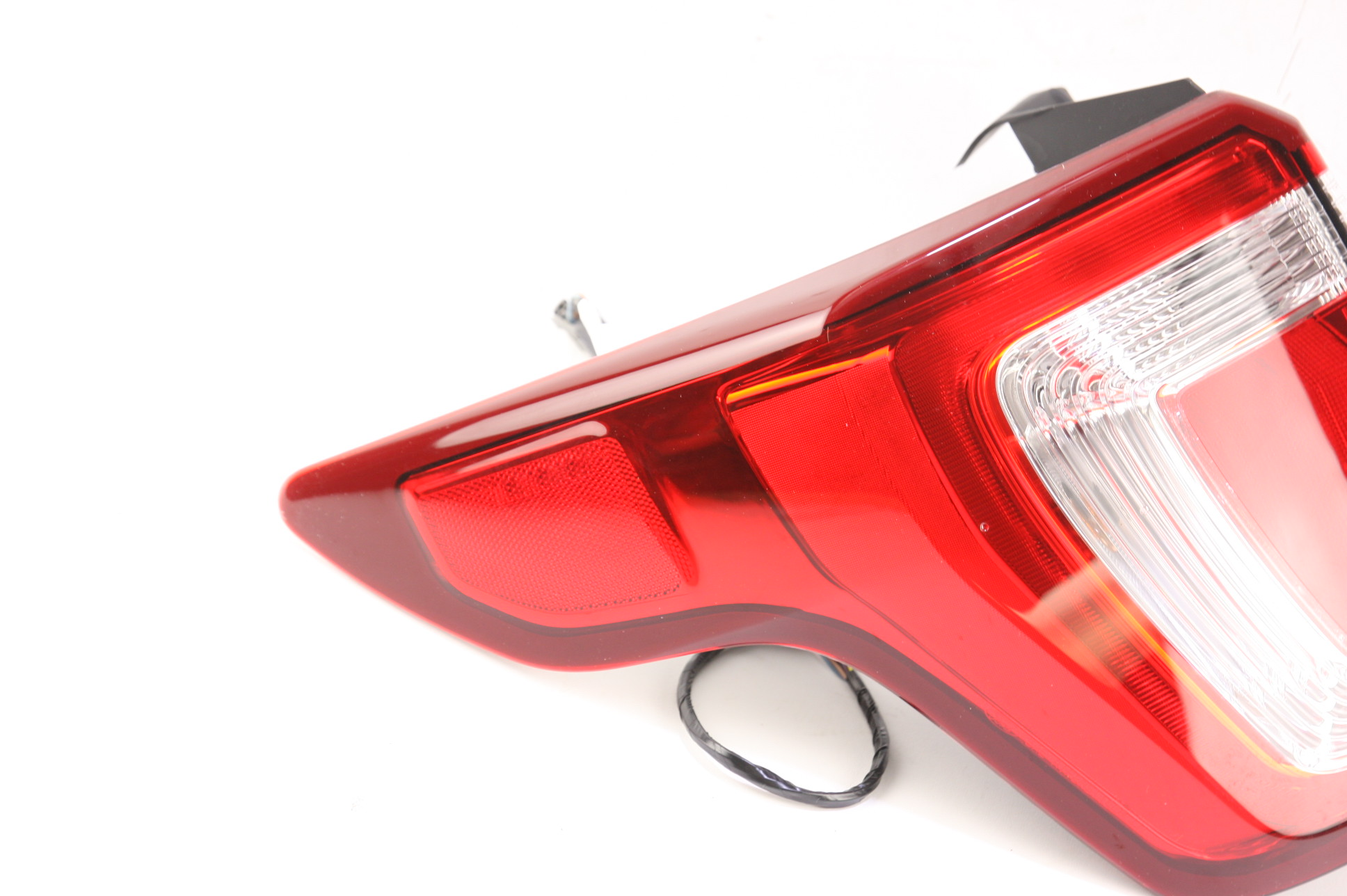 **** New OEM FB5Z13405E Ford 16-18 Explorer Tail Light Assembly Drivers Side - image 3
